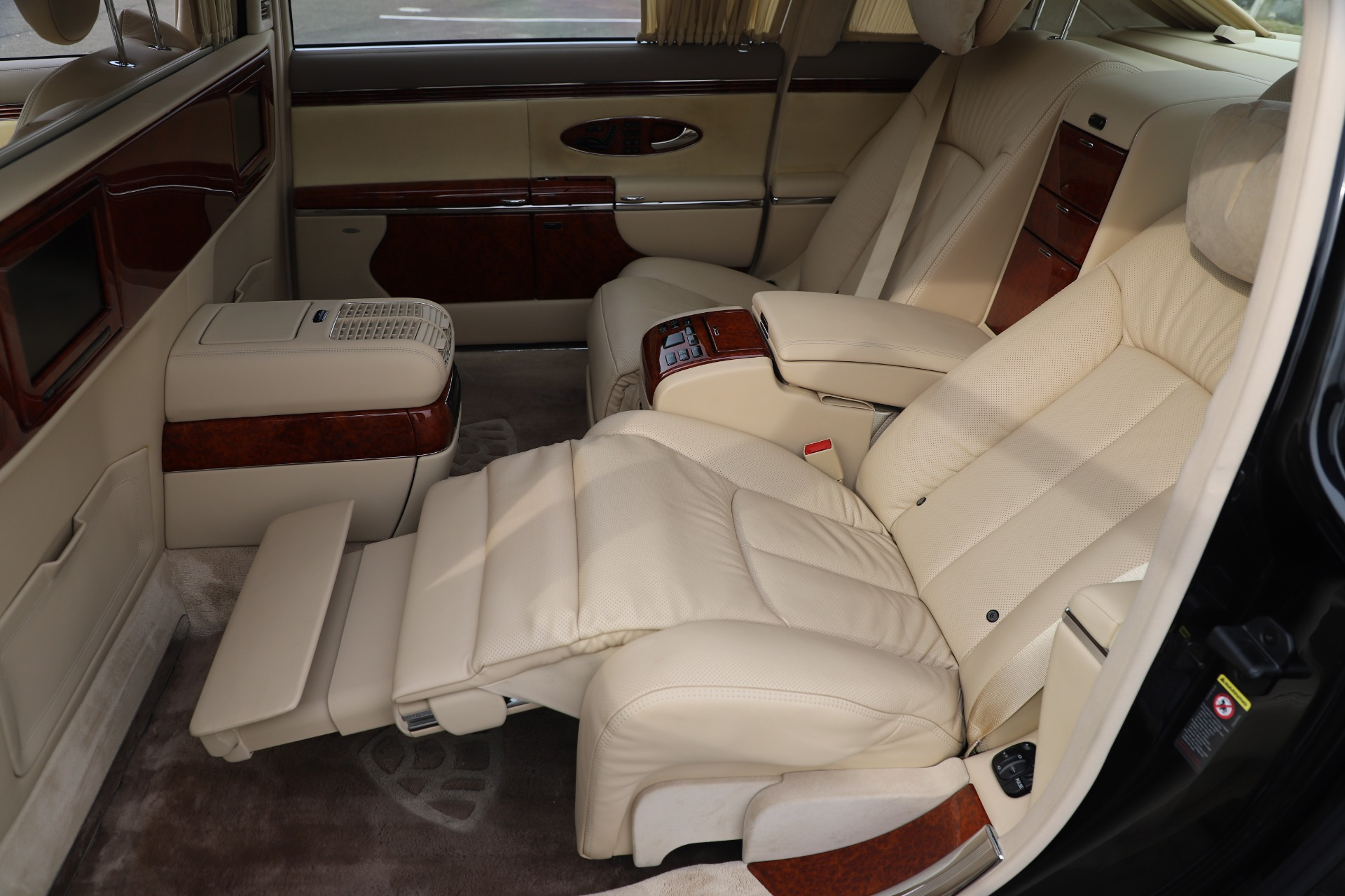 Used 2009 Maybach 62  For Sale In Greenwich, CT 3521_p20