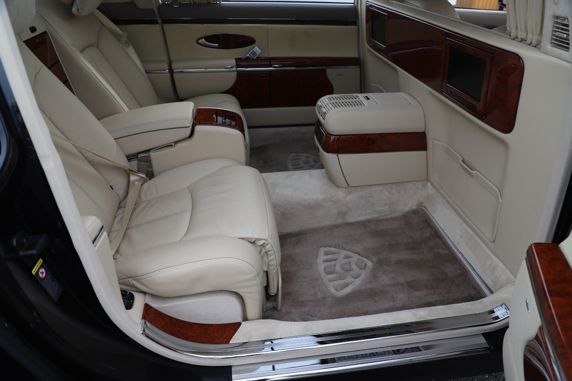 Used 2009 Maybach 62  For Sale In Greenwich, CT 3521_p22