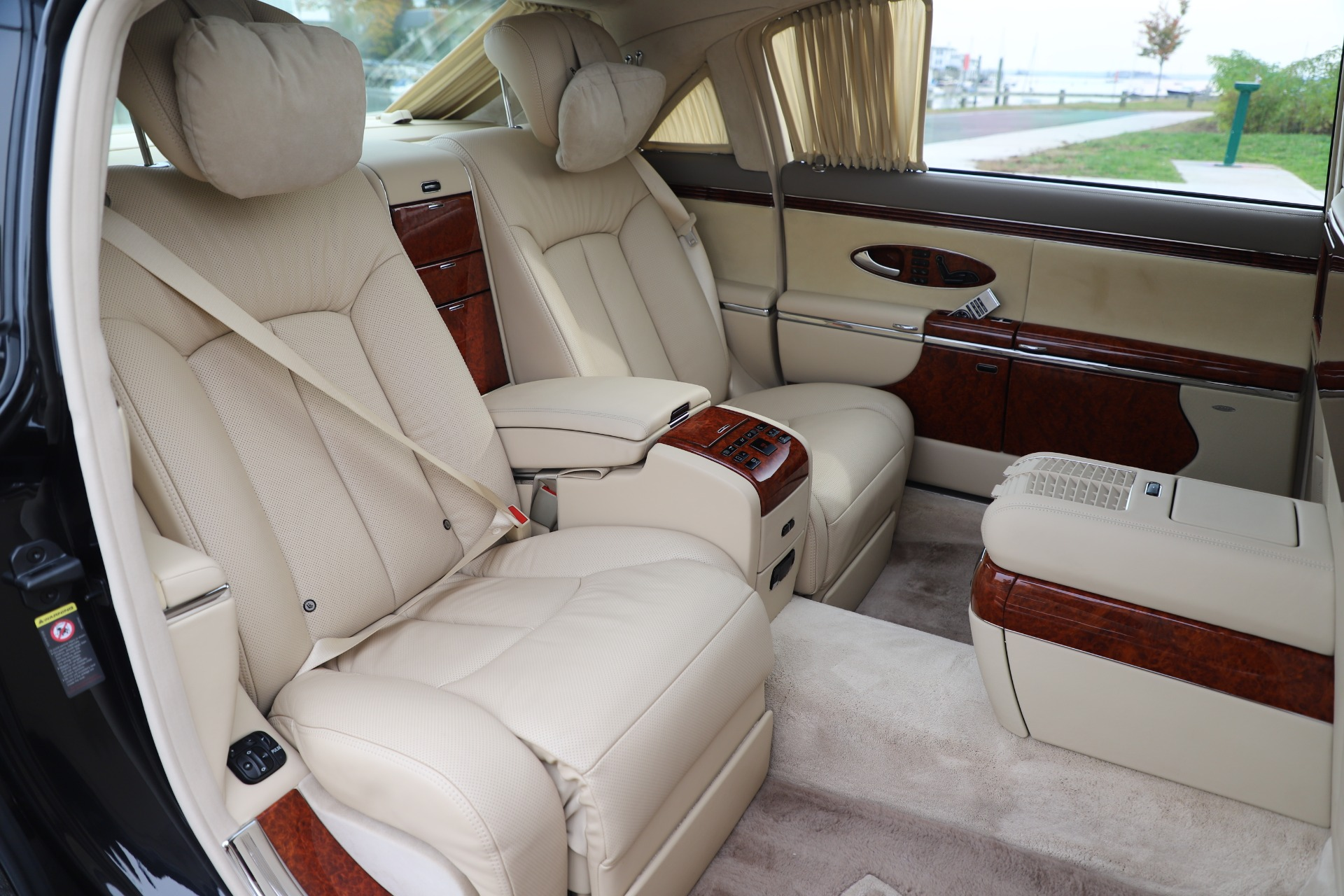 Used 2009 Maybach 62  For Sale In Greenwich, CT 3521_p24
