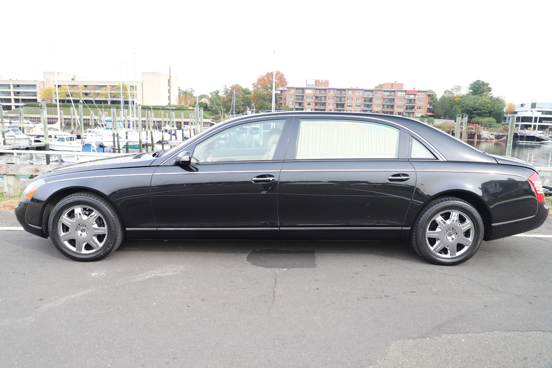 Used 2009 Maybach 62  For Sale In Greenwich, CT 3521_p3