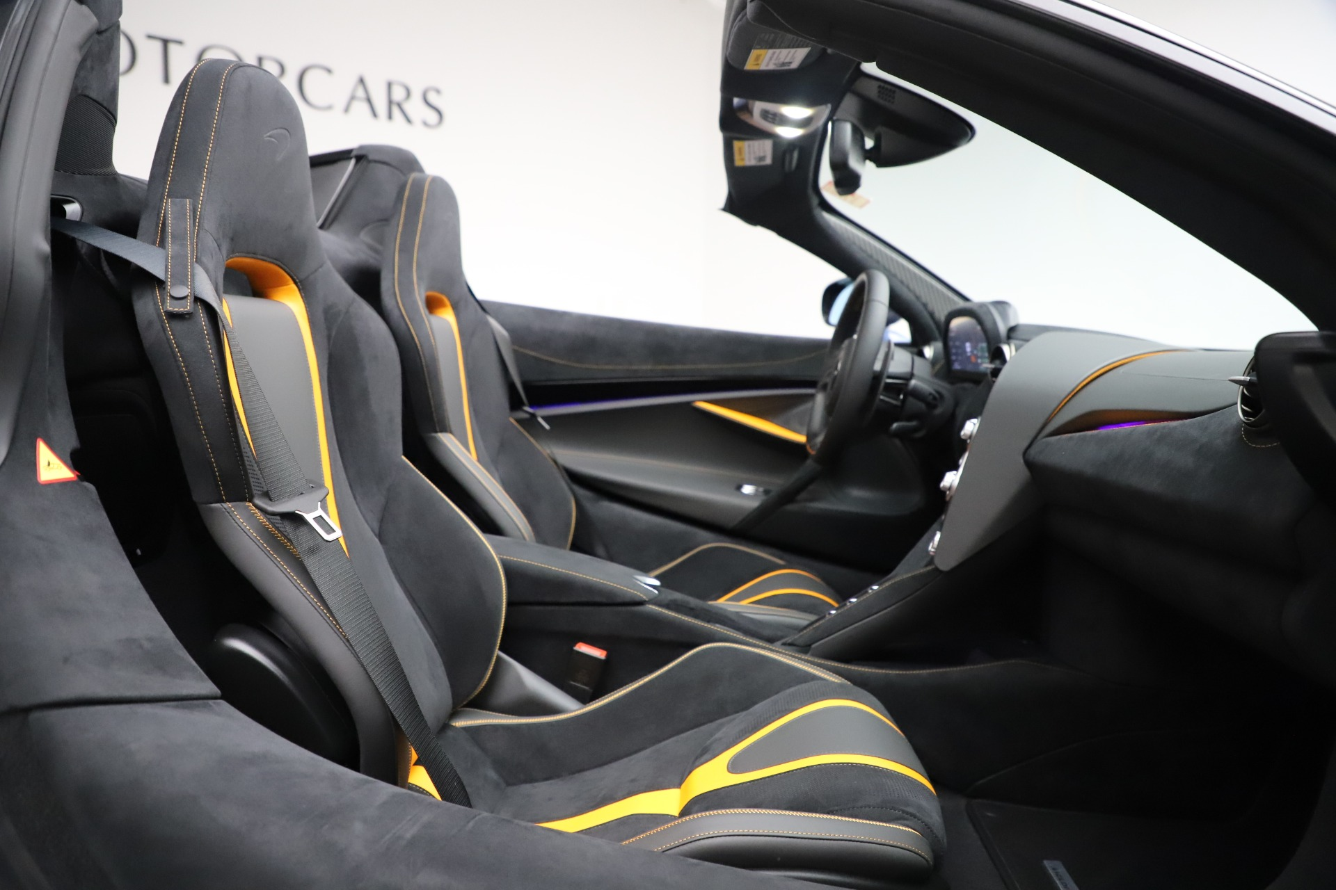 New 2020 McLaren 720S Spider Convertible For Sale In Greenwich, CT 3524_p23