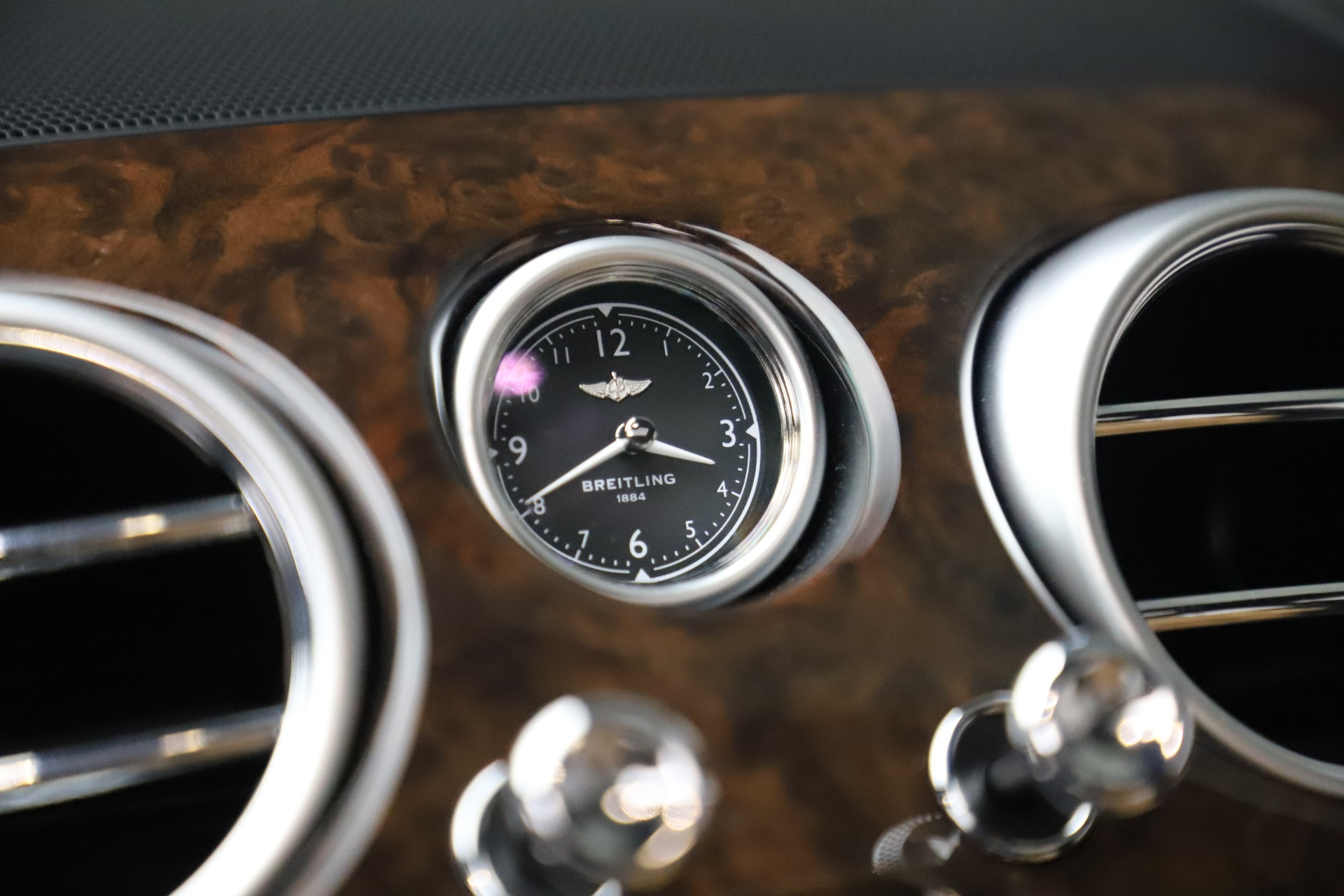 Used 2016 Bentley Flying Spur V8 For Sale In Greenwich, CT 3526_p23