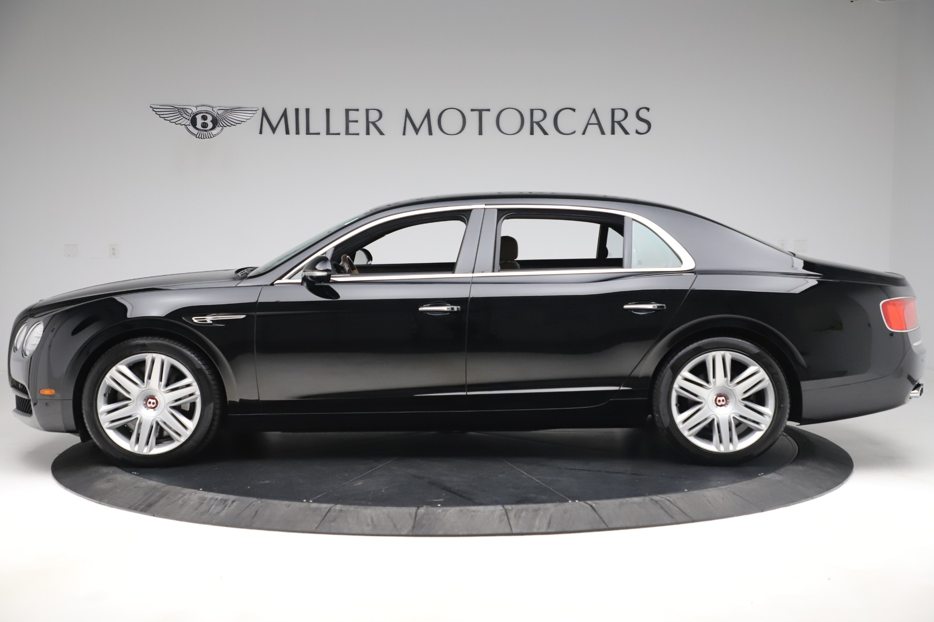 Used 2016 Bentley Flying Spur V8 For Sale In Greenwich, CT 3526_p3