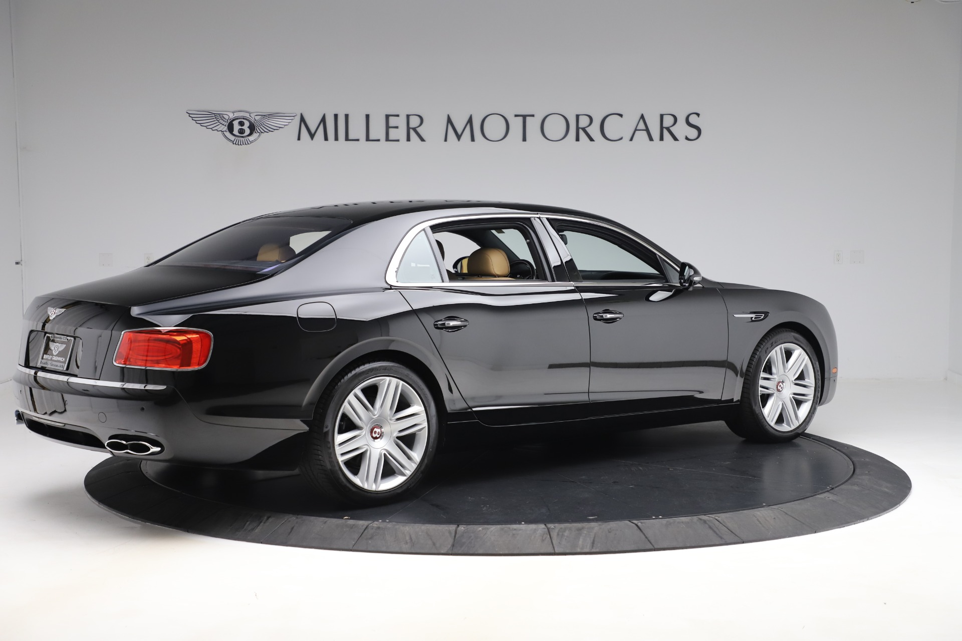 Used 2016 Bentley Flying Spur V8 For Sale In Greenwich, CT 3526_p8