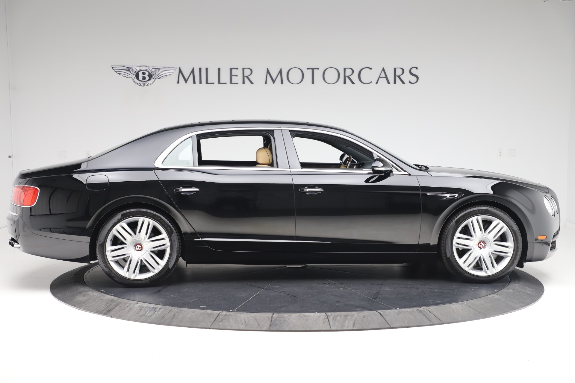 Used 2016 Bentley Flying Spur V8 For Sale In Greenwich, CT 3526_p9