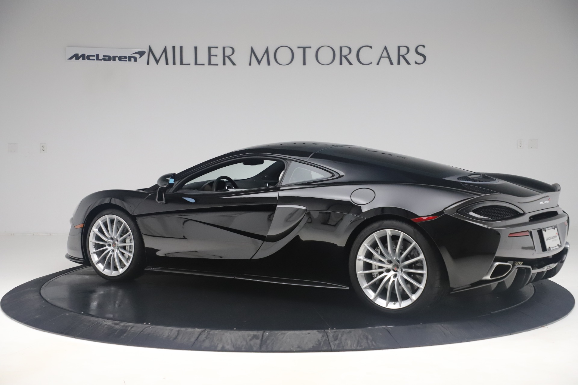 Used 2017 McLaren 570GT  For Sale In Greenwich, CT 3543_p3