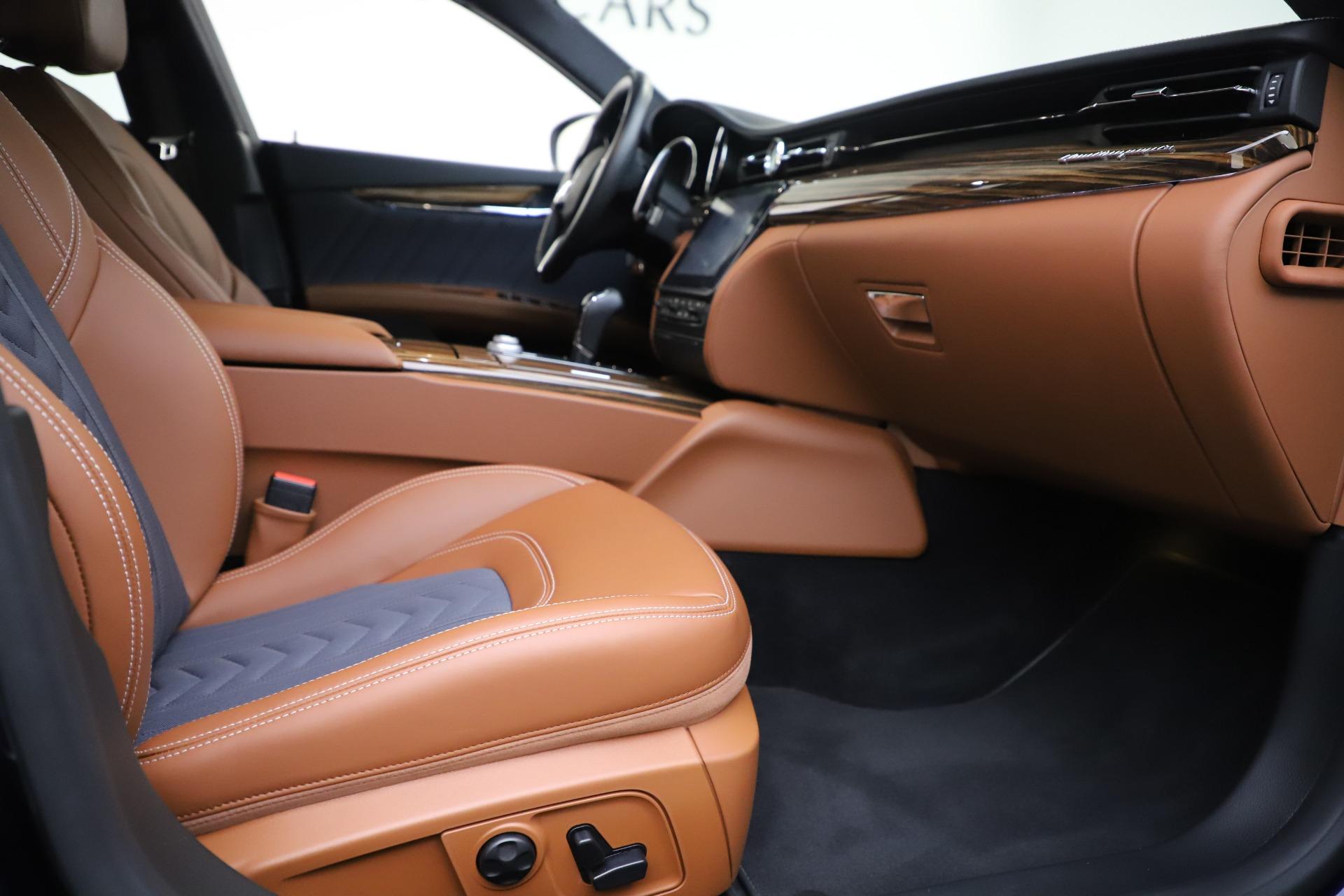 Used 2017 Maserati Quattroporte S Q4 GranLusso For Sale In Greenwich, CT 3553_p23