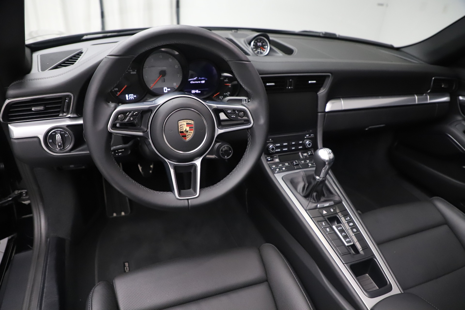 Used 2017 Porsche 911 Carrera 4S For Sale In Greenwich, CT 3562_p18