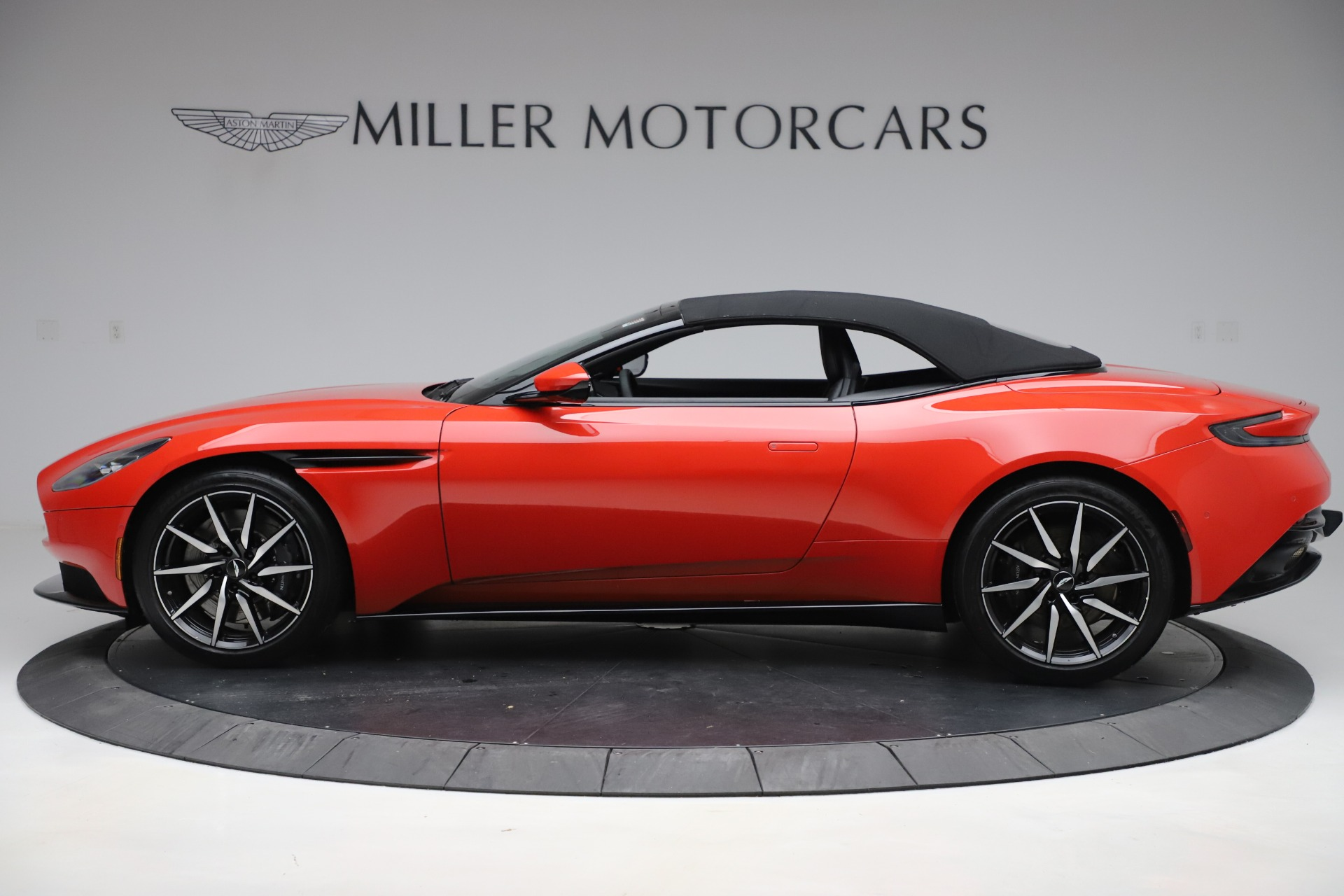 New 2020 Aston Martin DB11 Volante For Sale In Greenwich, CT 3565_p13