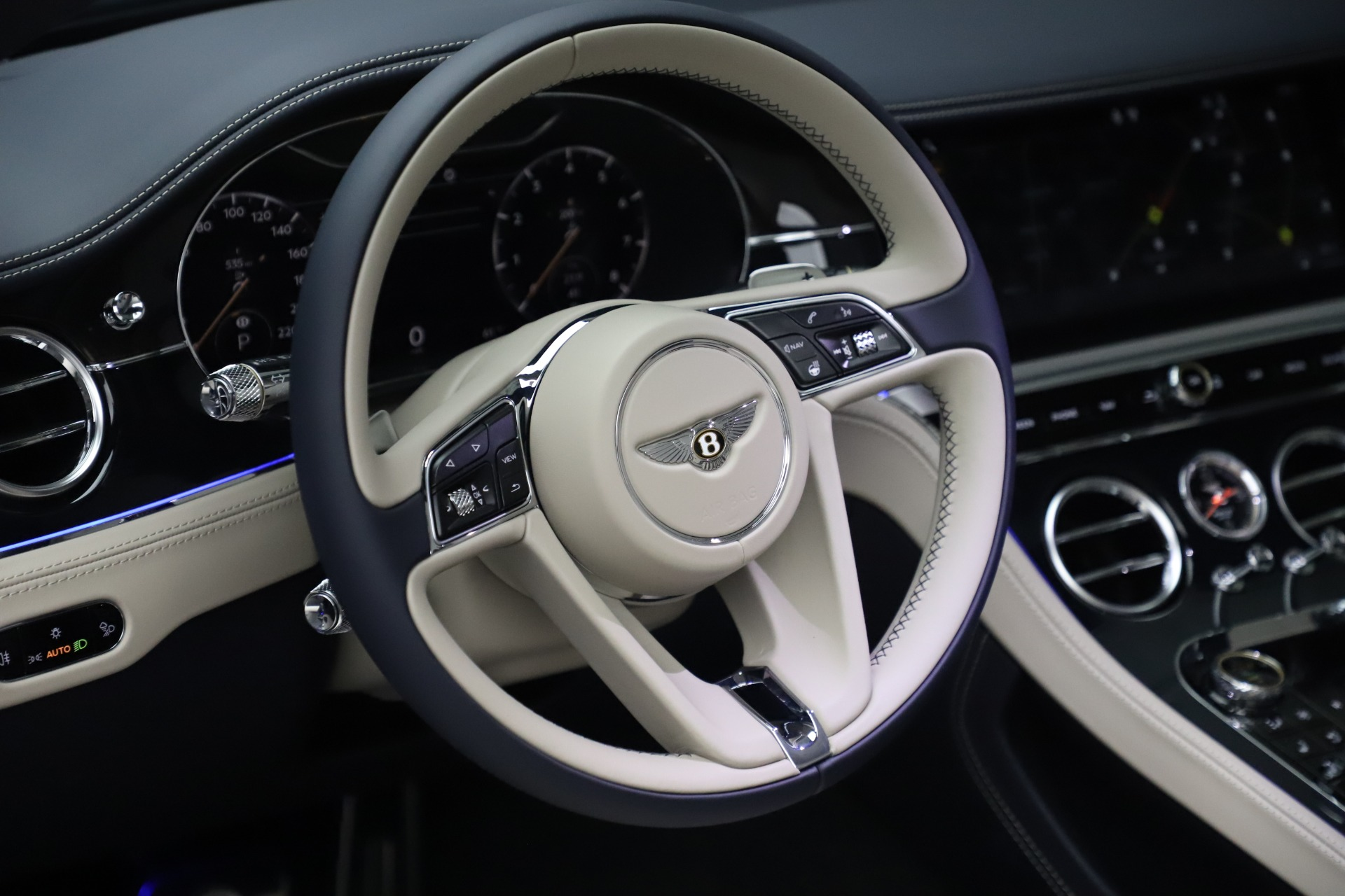 New 2020 Bentley Continental GTC V8 For Sale In Greenwich, CT 3566_p20