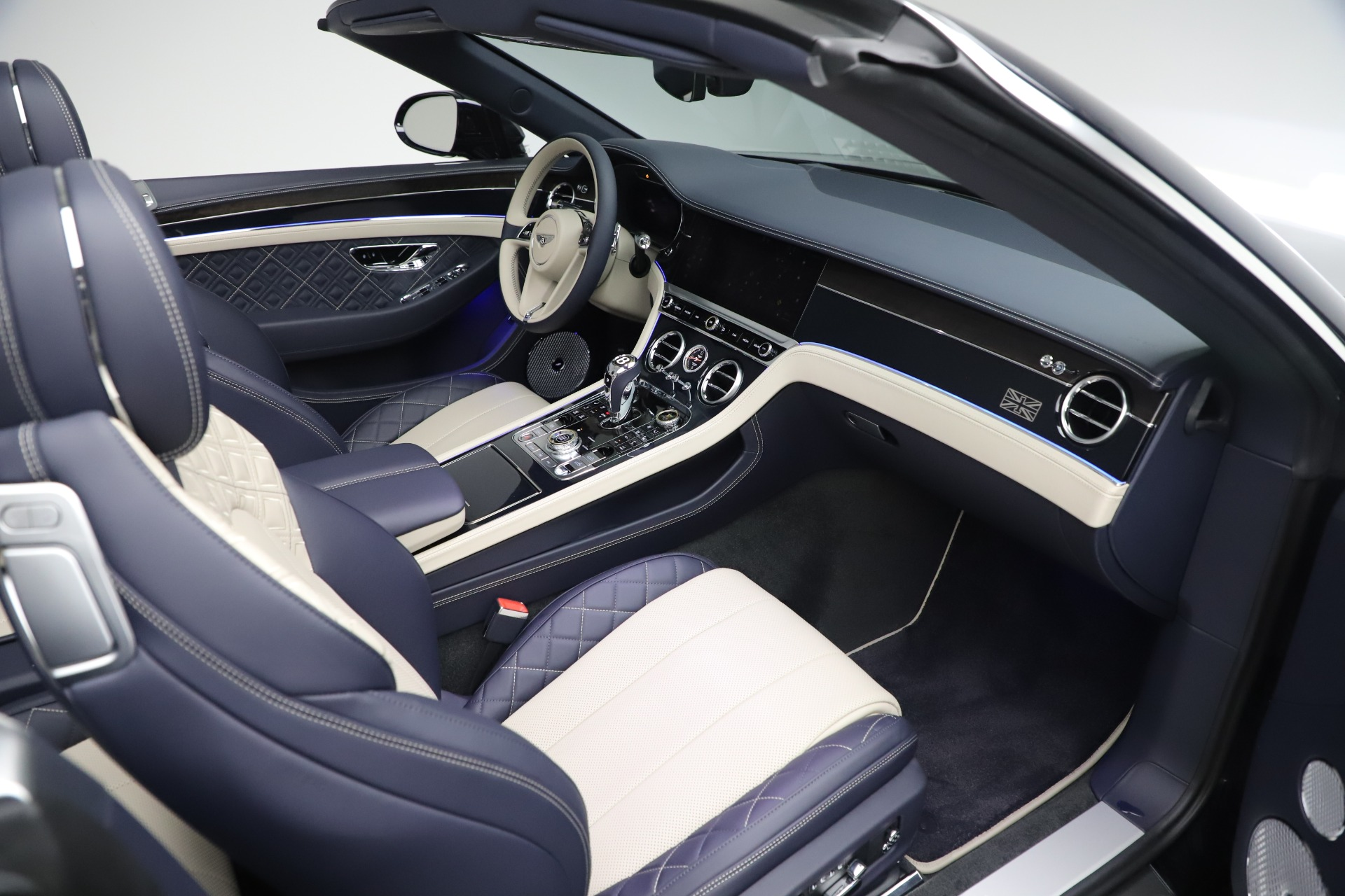 New 2020 Bentley Continental GTC V8 For Sale In Greenwich, CT 3566_p29