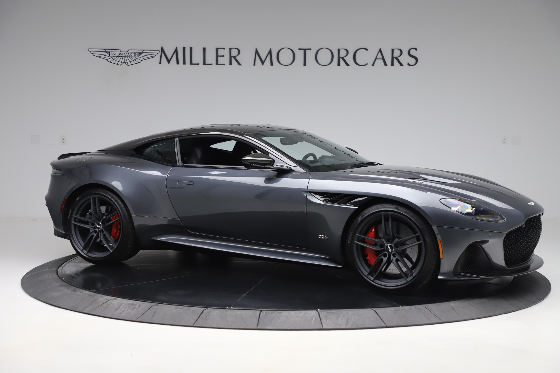 Used 2019 Aston Martin DBS Superleggera For Sale In Greenwich, CT 3570_p10
