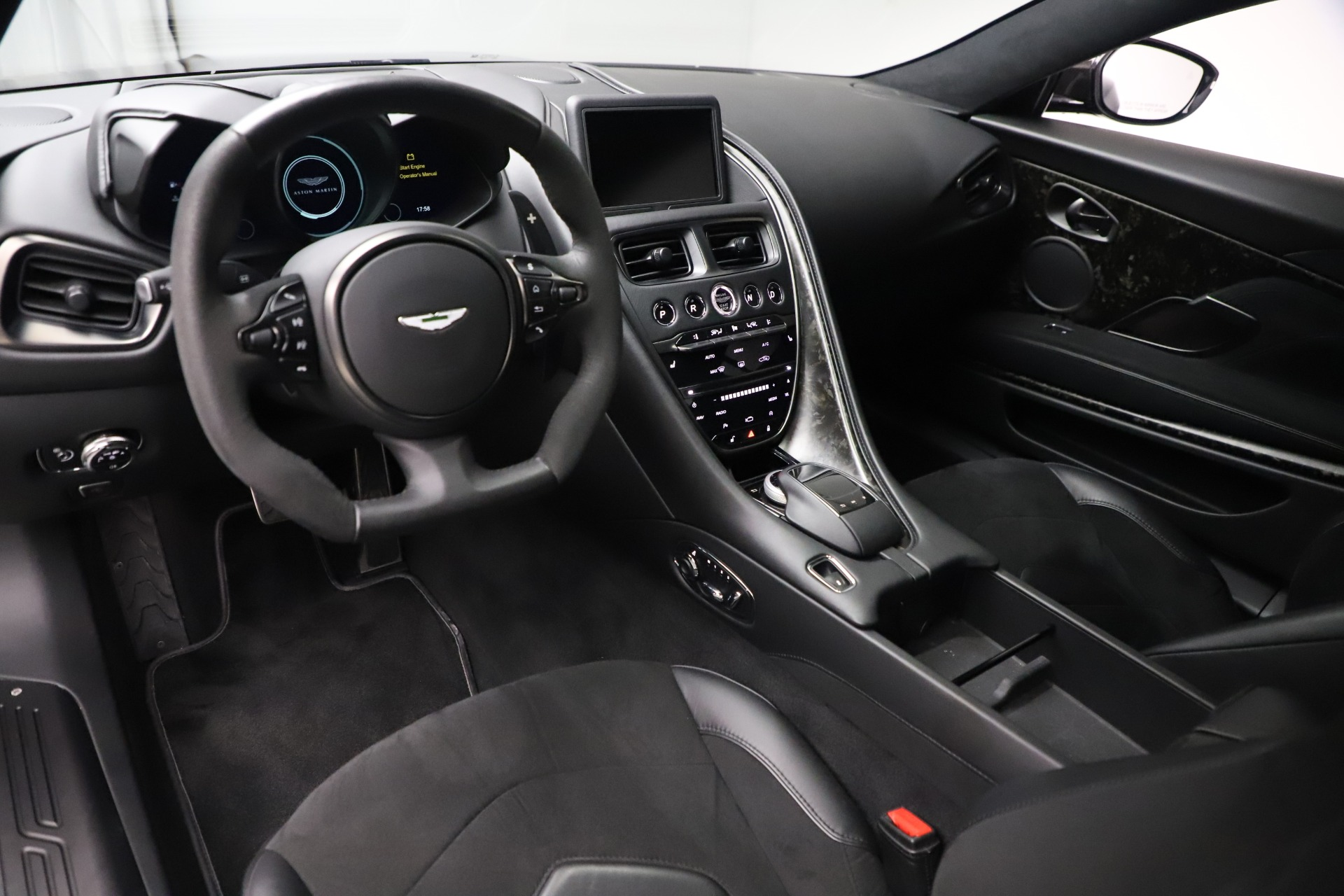 Used 2019 Aston Martin DBS Superleggera For Sale In Greenwich, CT 3570_p13