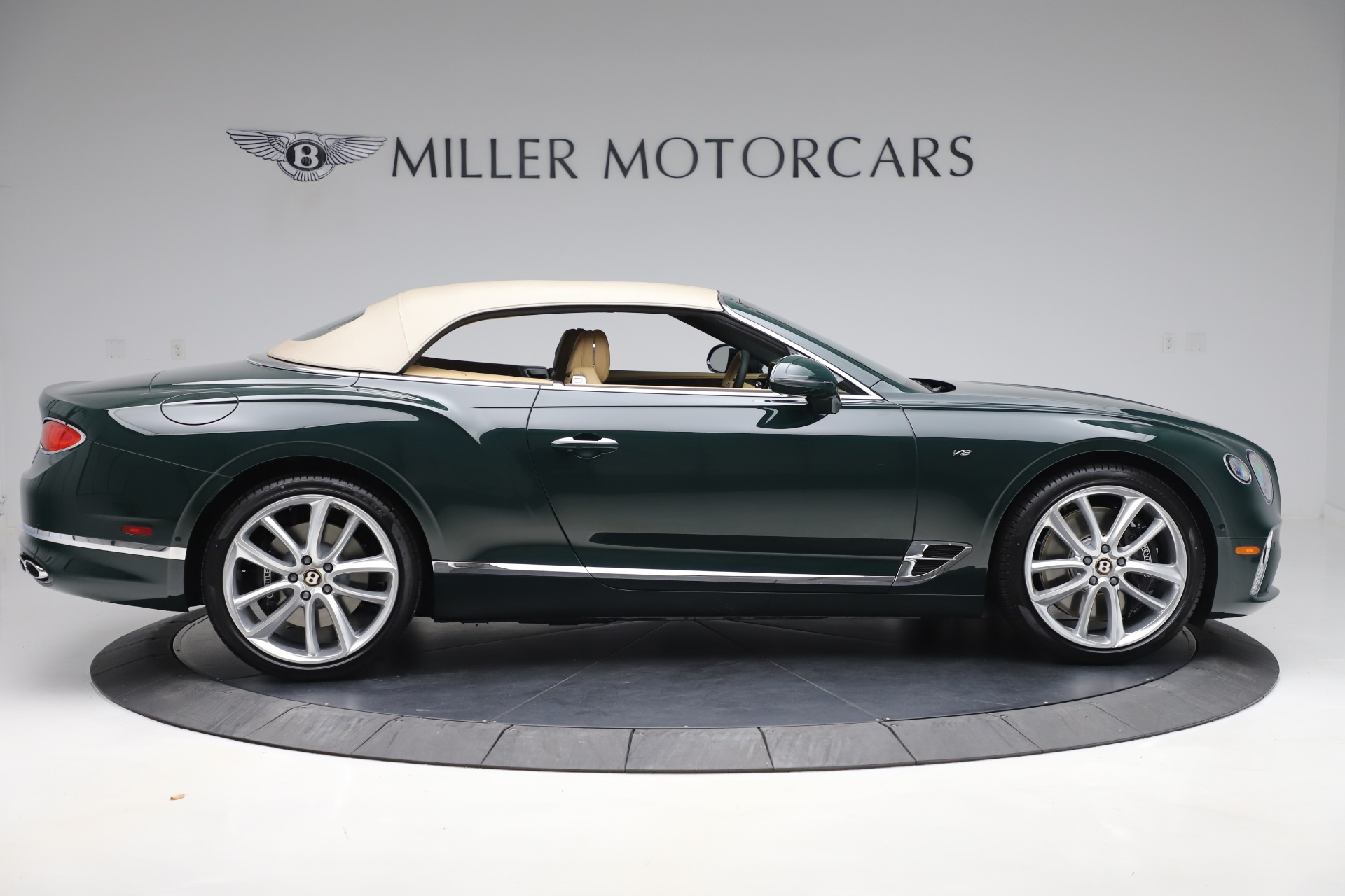 New 2020 Bentley Continental GTC V8 For Sale In Greenwich, CT 3572_p18