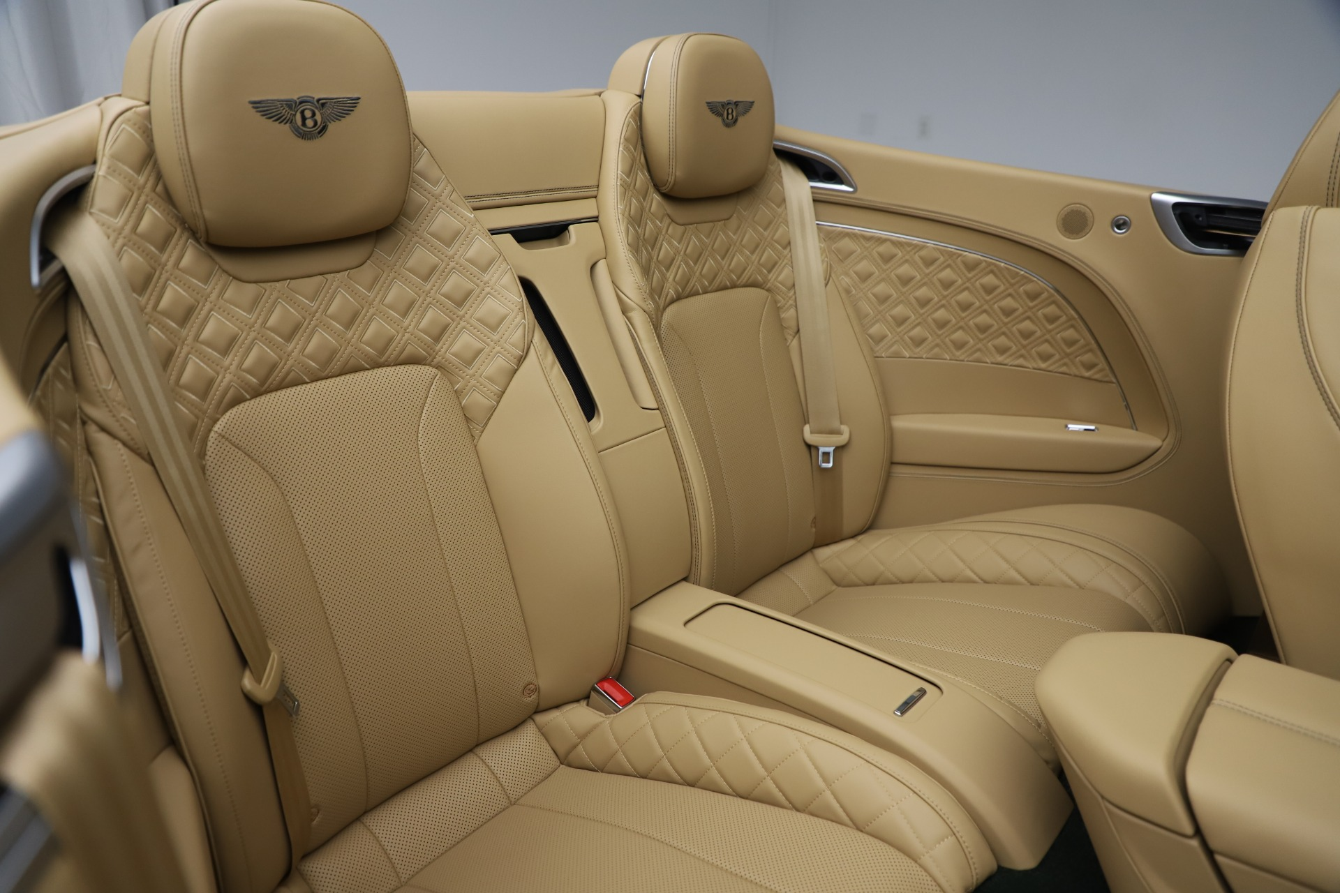 New 2020 Bentley Continental GTC V8 For Sale In Greenwich, CT 3572_p33