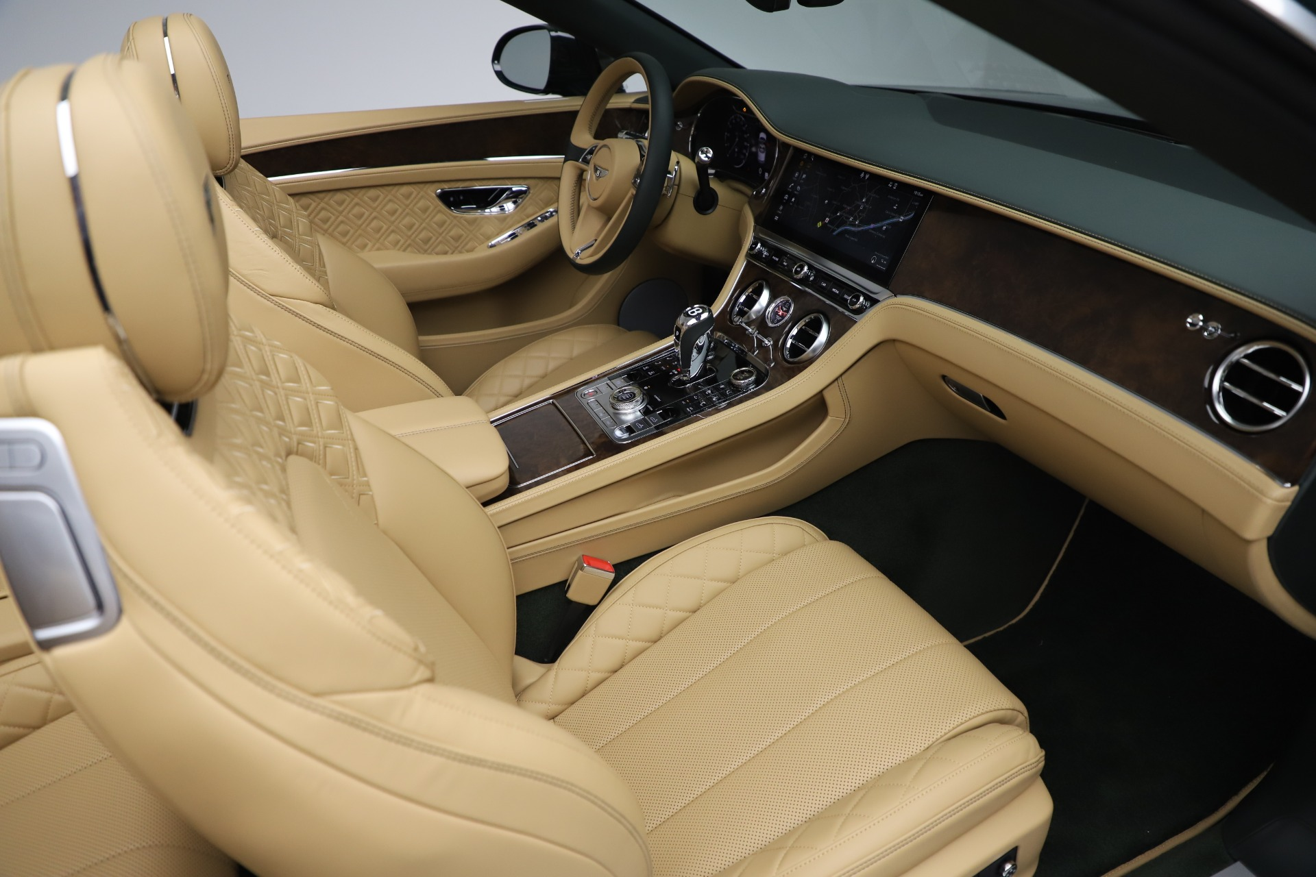 New 2020 Bentley Continental GTC V8 For Sale In Greenwich, CT 3572_p34