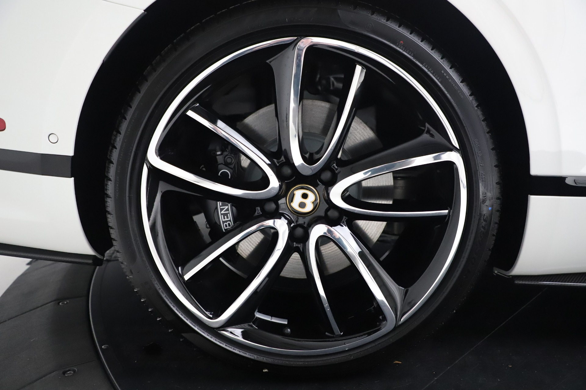 New 2020 Bentley Continental GT V8 For Sale In Greenwich, CT 3590_p17