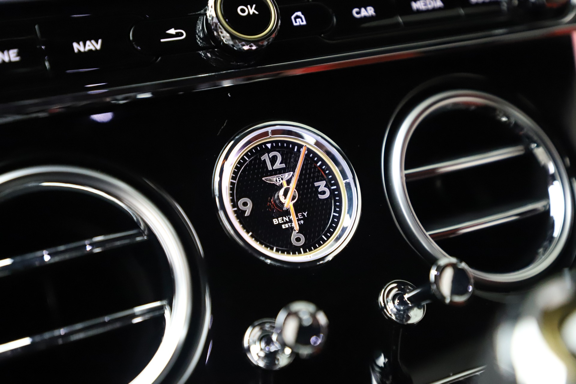 New 2020 Bentley Continental GT V8 For Sale In Greenwich, CT 3590_p32