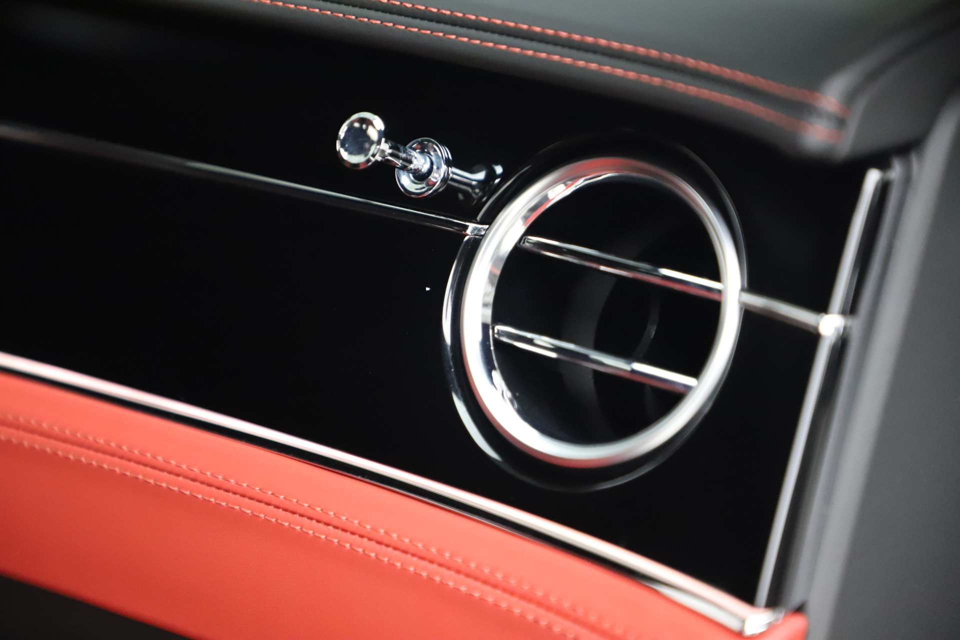 New 2020 Bentley Continental GT V8 For Sale In Greenwich, CT 3590_p33