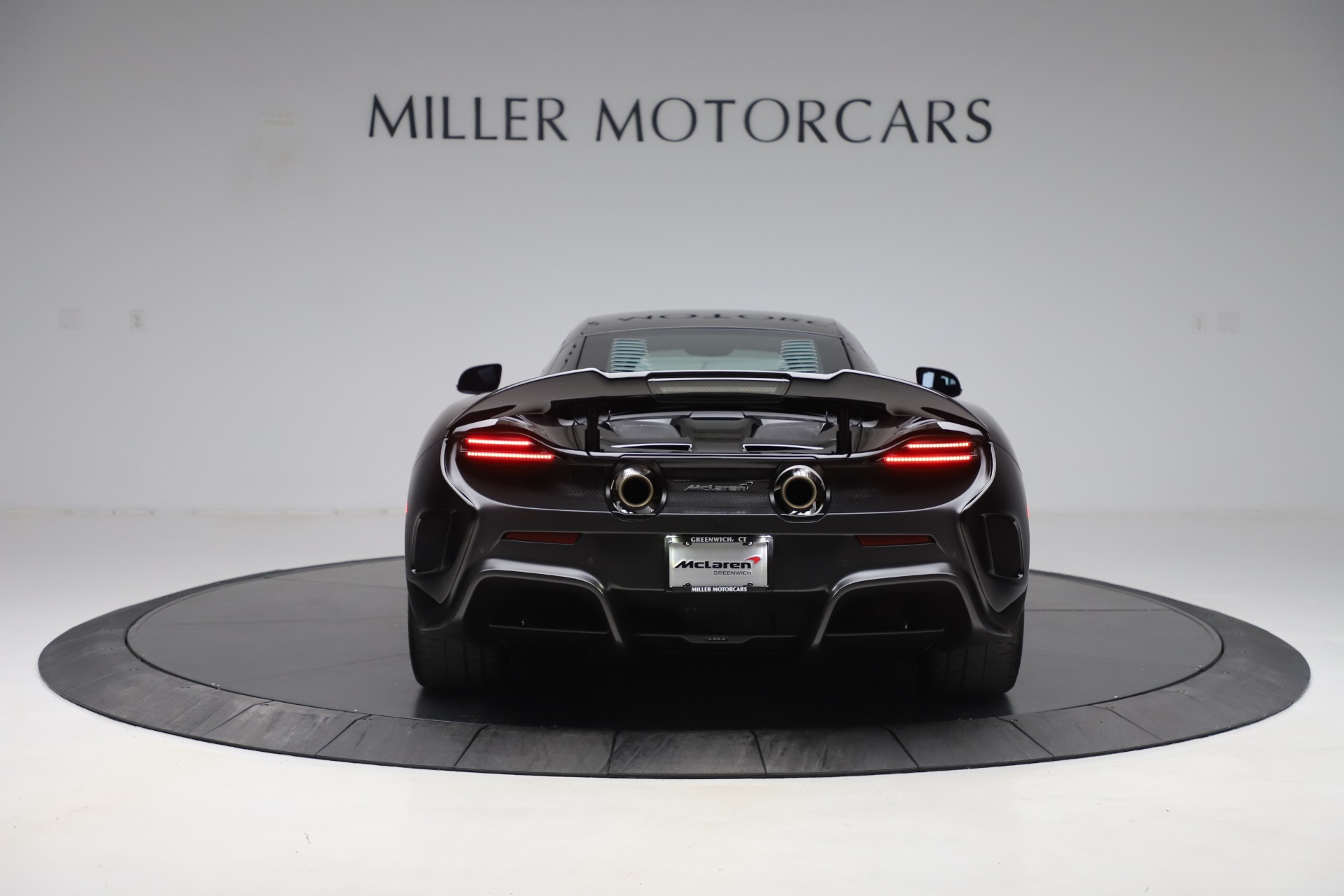 Used 2016 McLaren 675LT COUPE For Sale In Greenwich, CT 3595_p4
