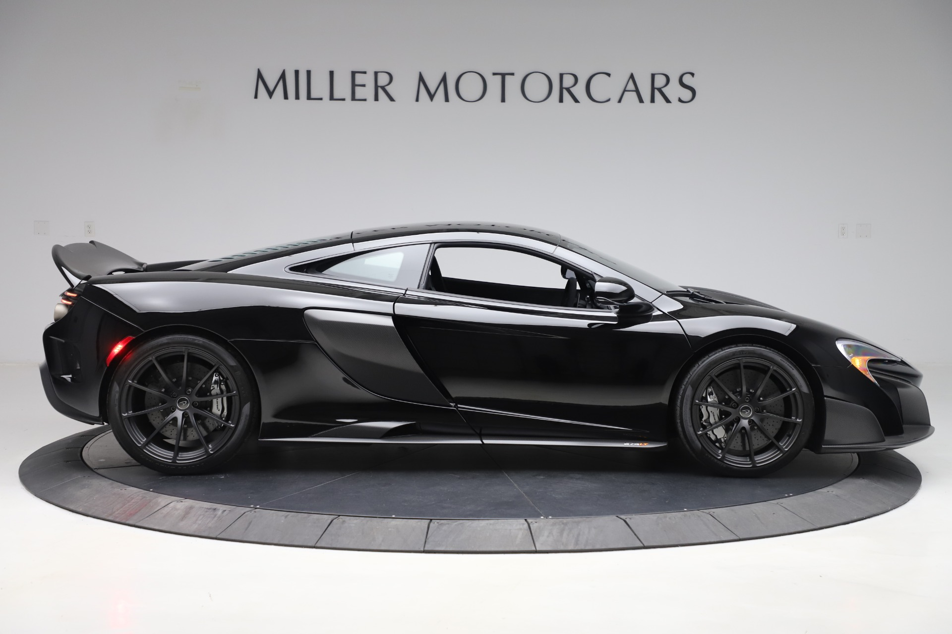 Used 2016 McLaren 675LT COUPE For Sale In Greenwich, CT 3595_p6