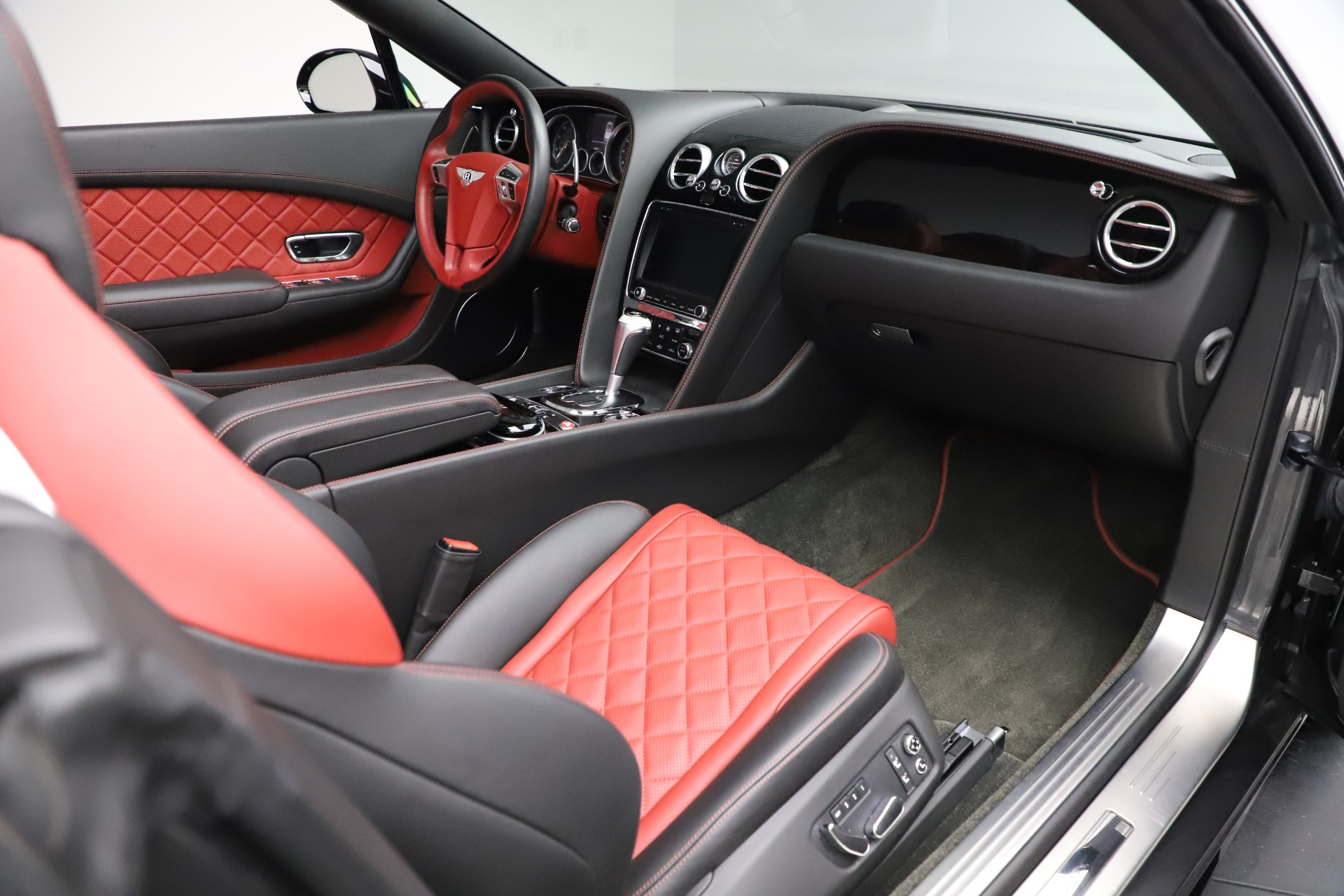 New 2017 Bentley Continental GT V8 S For Sale In Greenwich, CT 499_p32