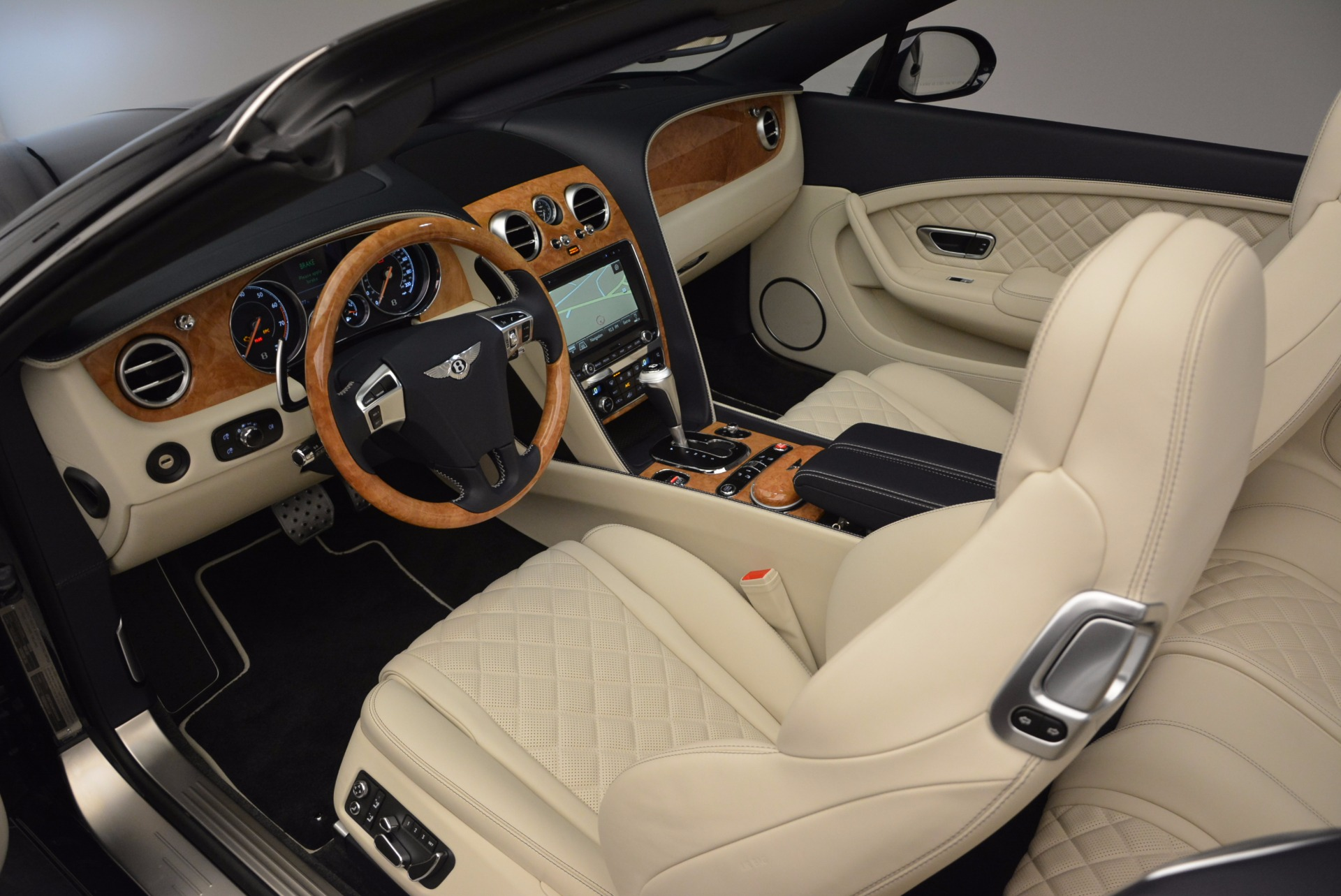 New 2017 Bentley Continental GT V8 For Sale In Greenwich, CT 500_p28