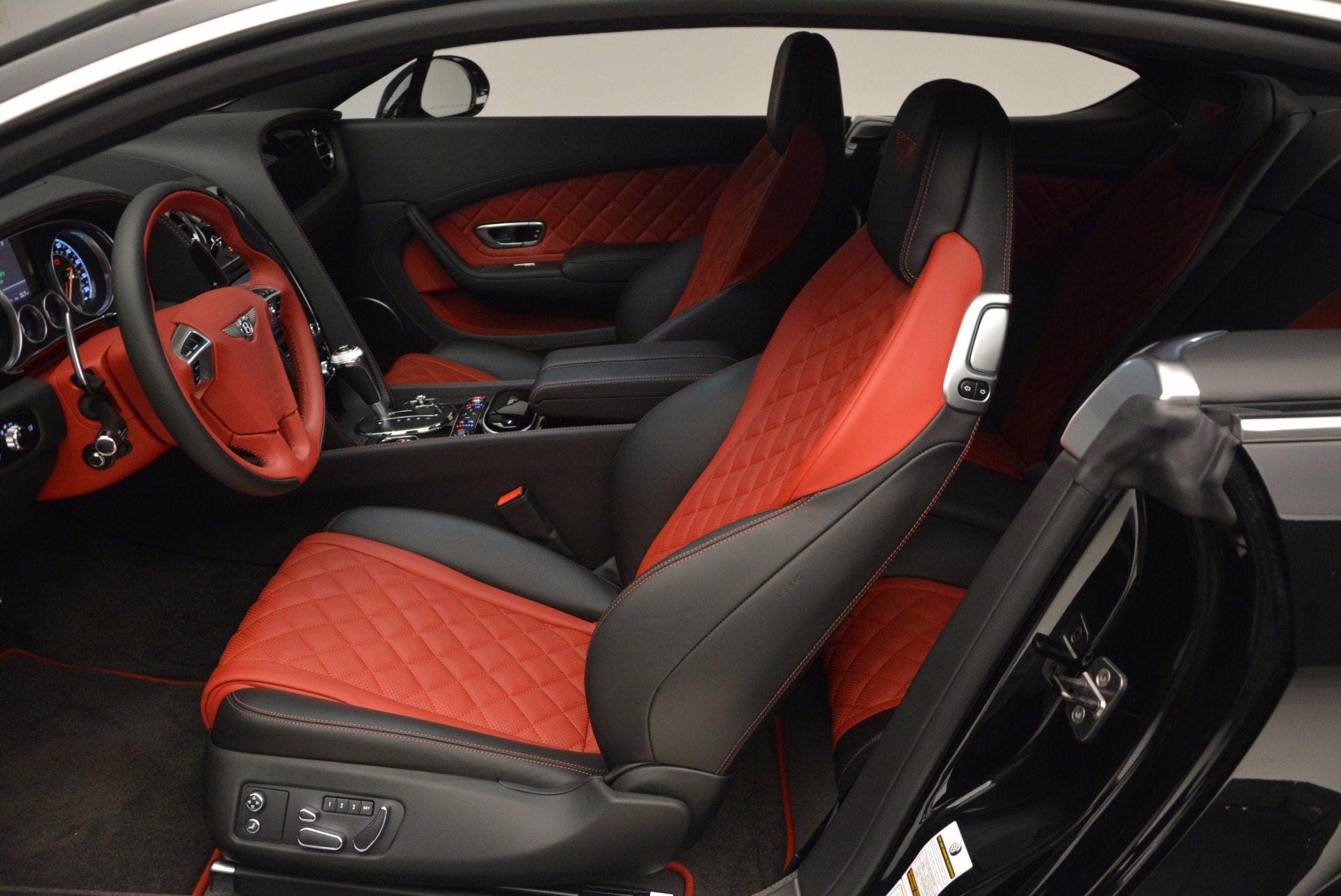 New 2017 Bentley Continental GT V8 S For Sale In Greenwich, CT 505_p22