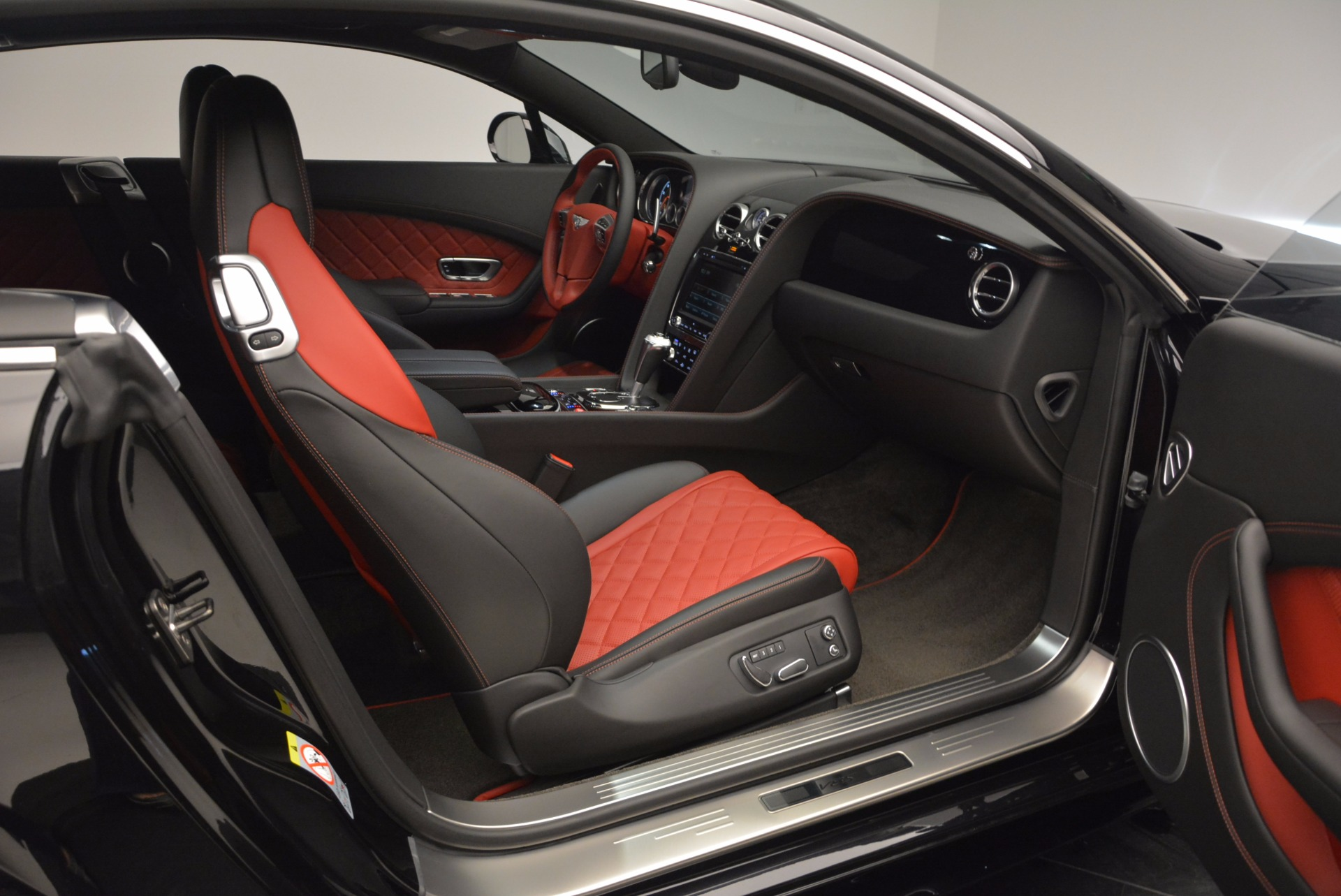 New 2017 Bentley Continental GT V8 S For Sale In Greenwich, CT 505_p34