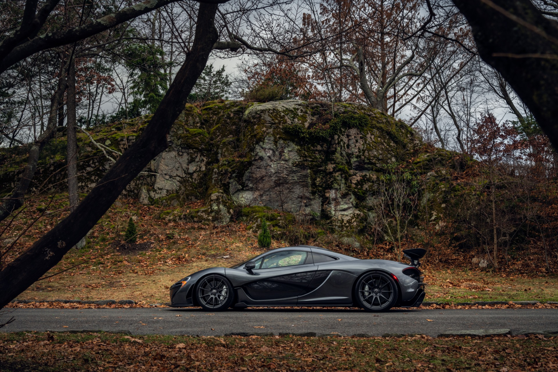 Used 2014 McLaren P1 Coupe For Sale In Greenwich, CT 513_p21