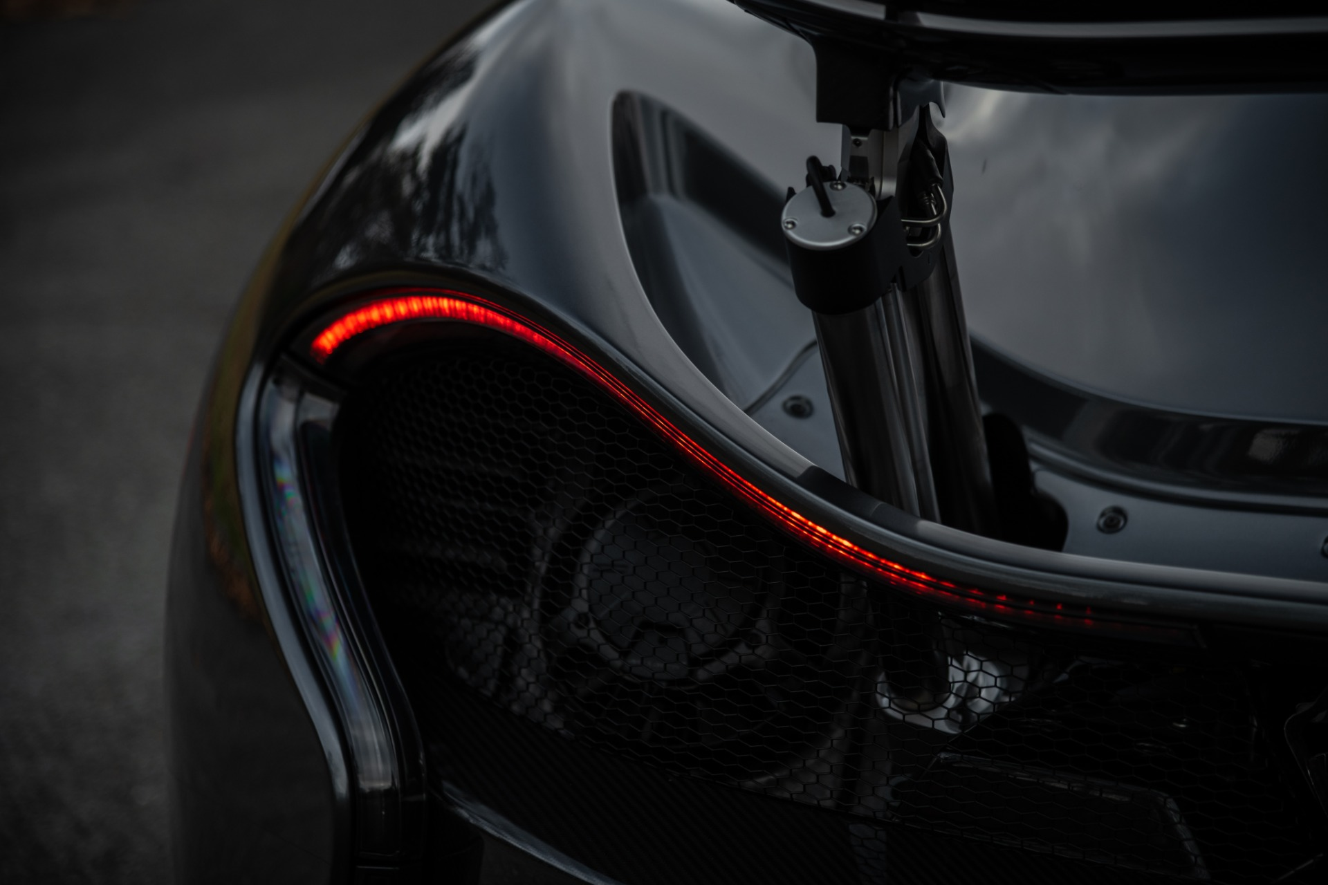 Used 2014 McLaren P1 Coupe For Sale In Greenwich, CT 513_p31
