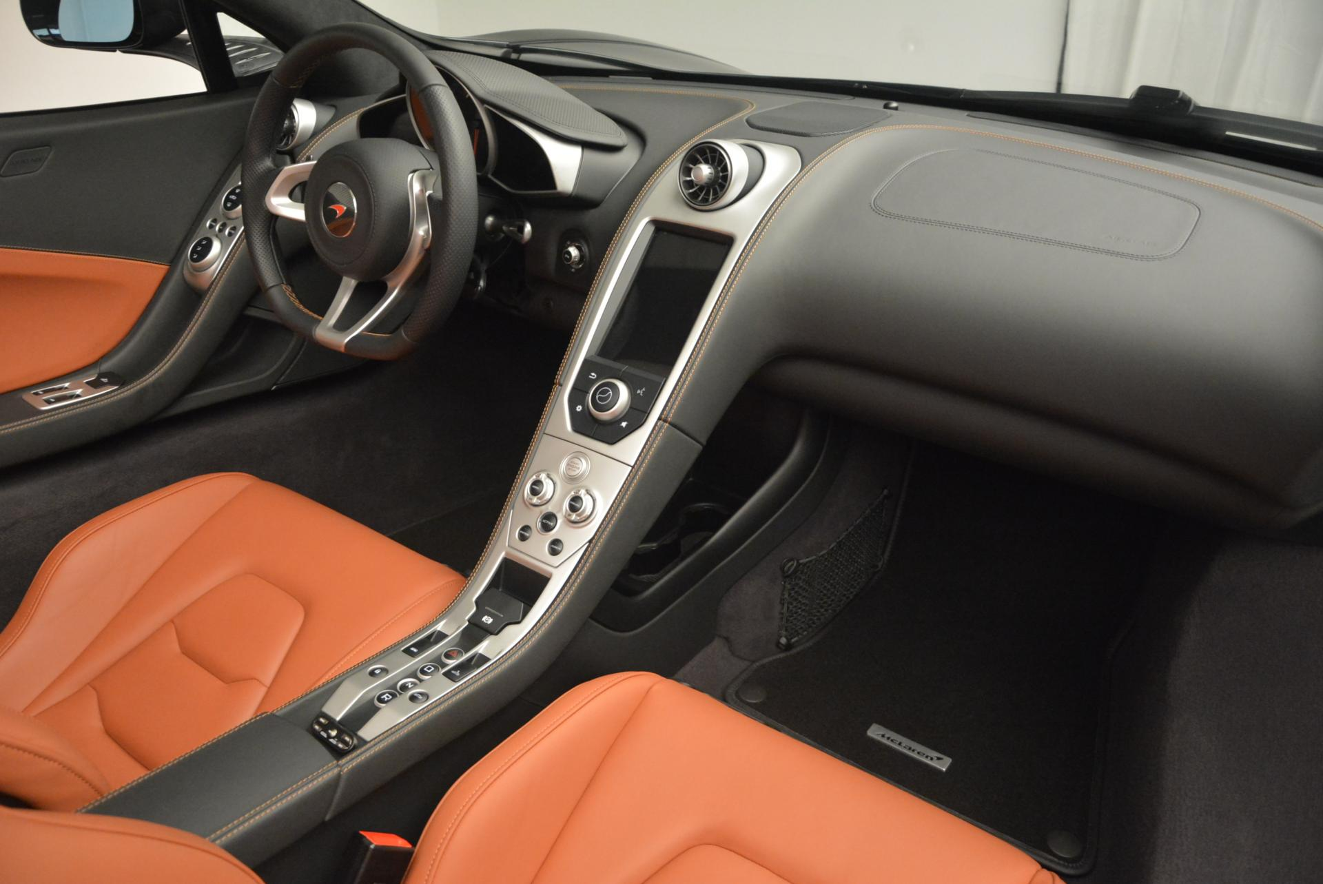 Used 2015 McLaren 650S Spider  For Sale In Greenwich, CT 518_p28