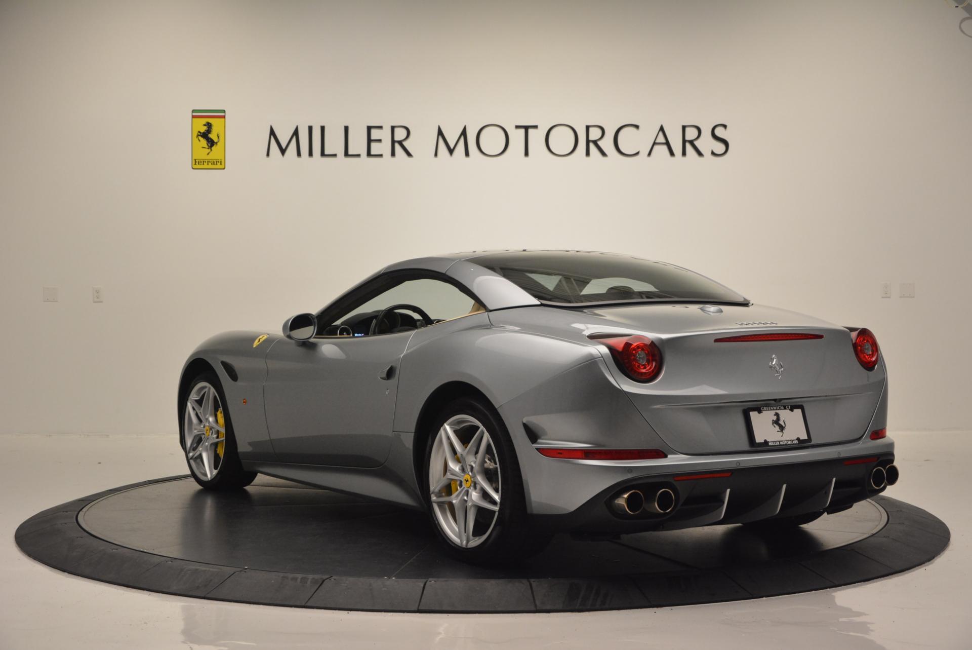 Used 2015 Ferrari California T  For Sale In Greenwich, CT 541_p17