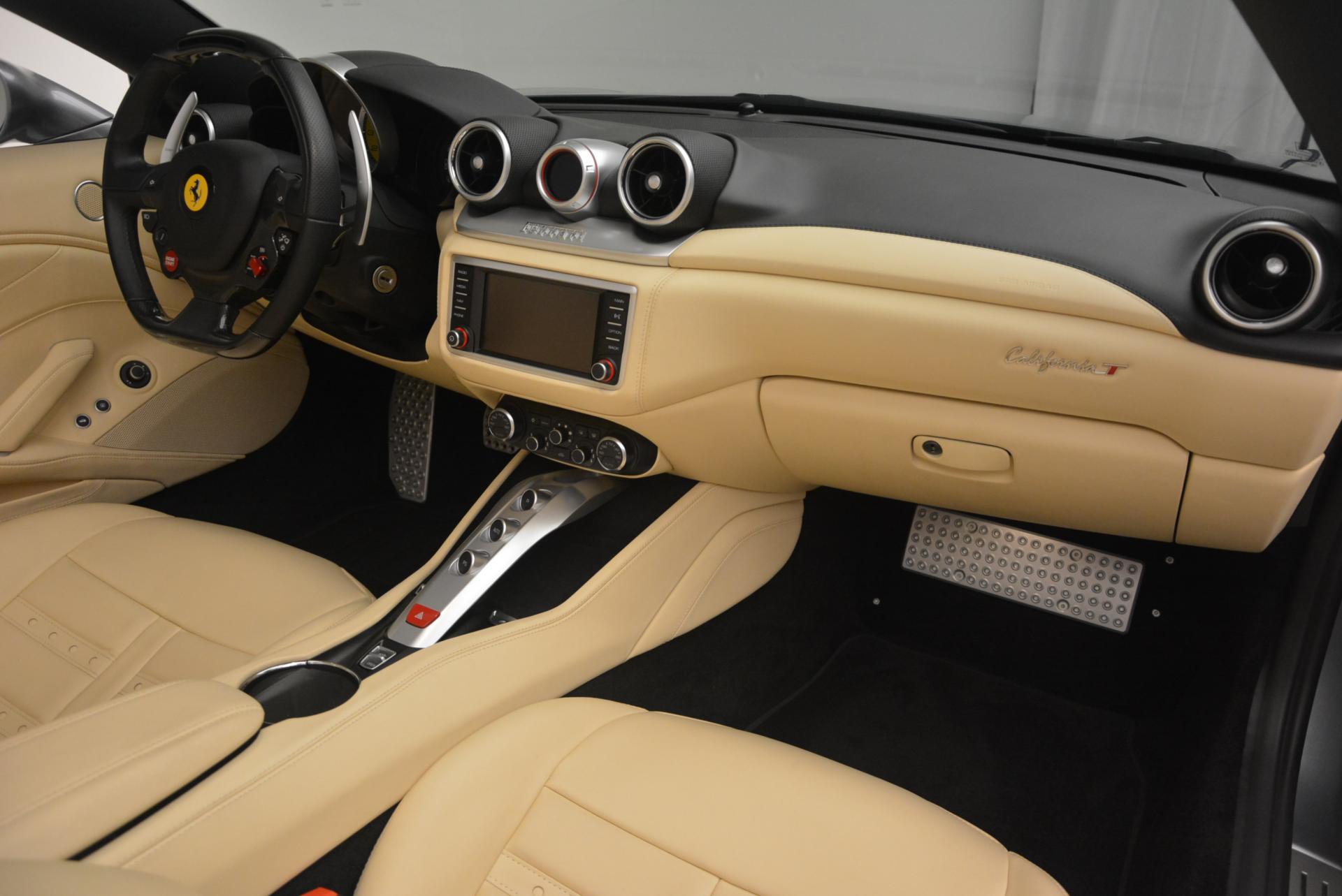 Used 2015 Ferrari California T  For Sale In Greenwich, CT 541_p30