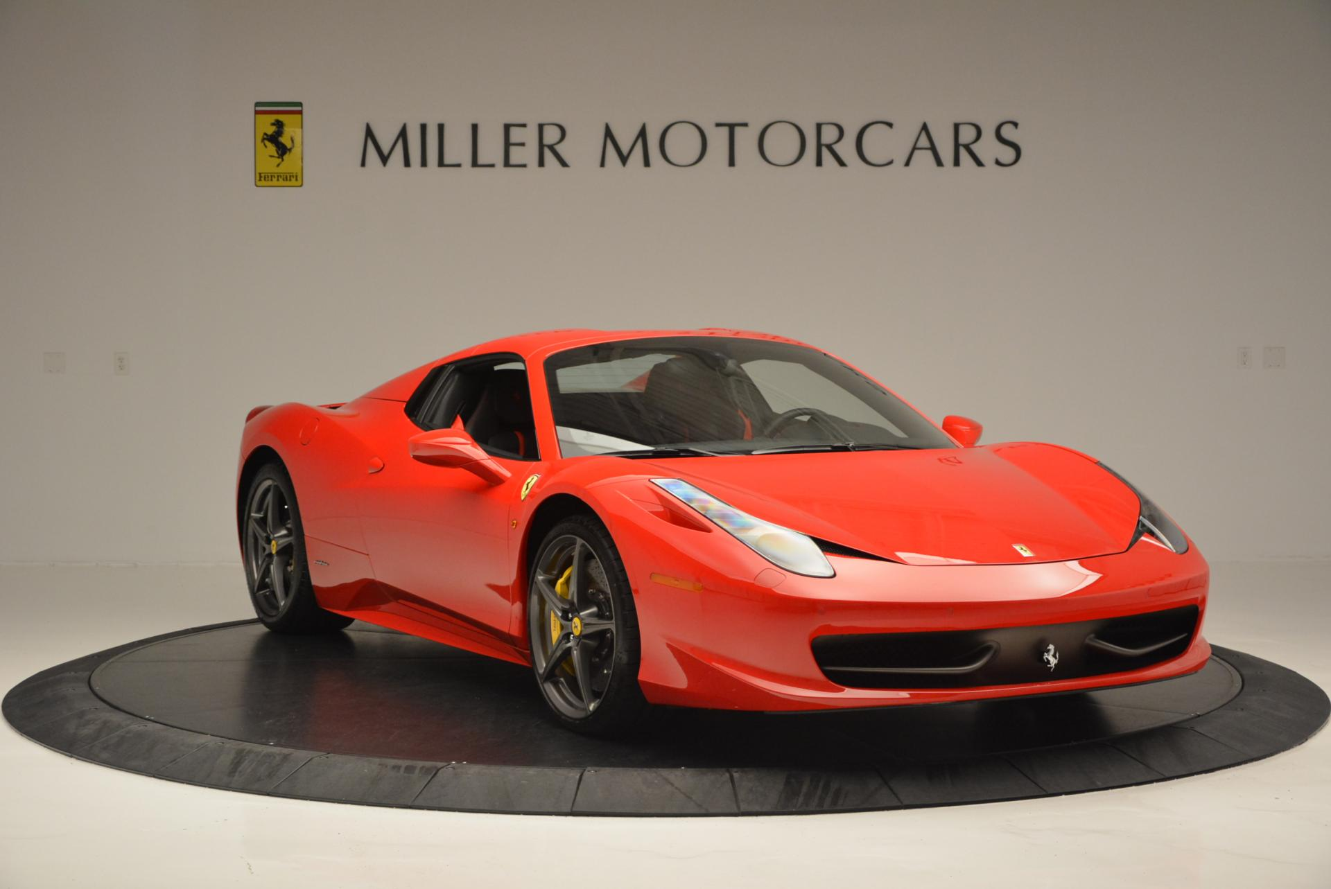 Used 2015 Ferrari 458 Spider  For Sale In Greenwich, CT 542_p23
