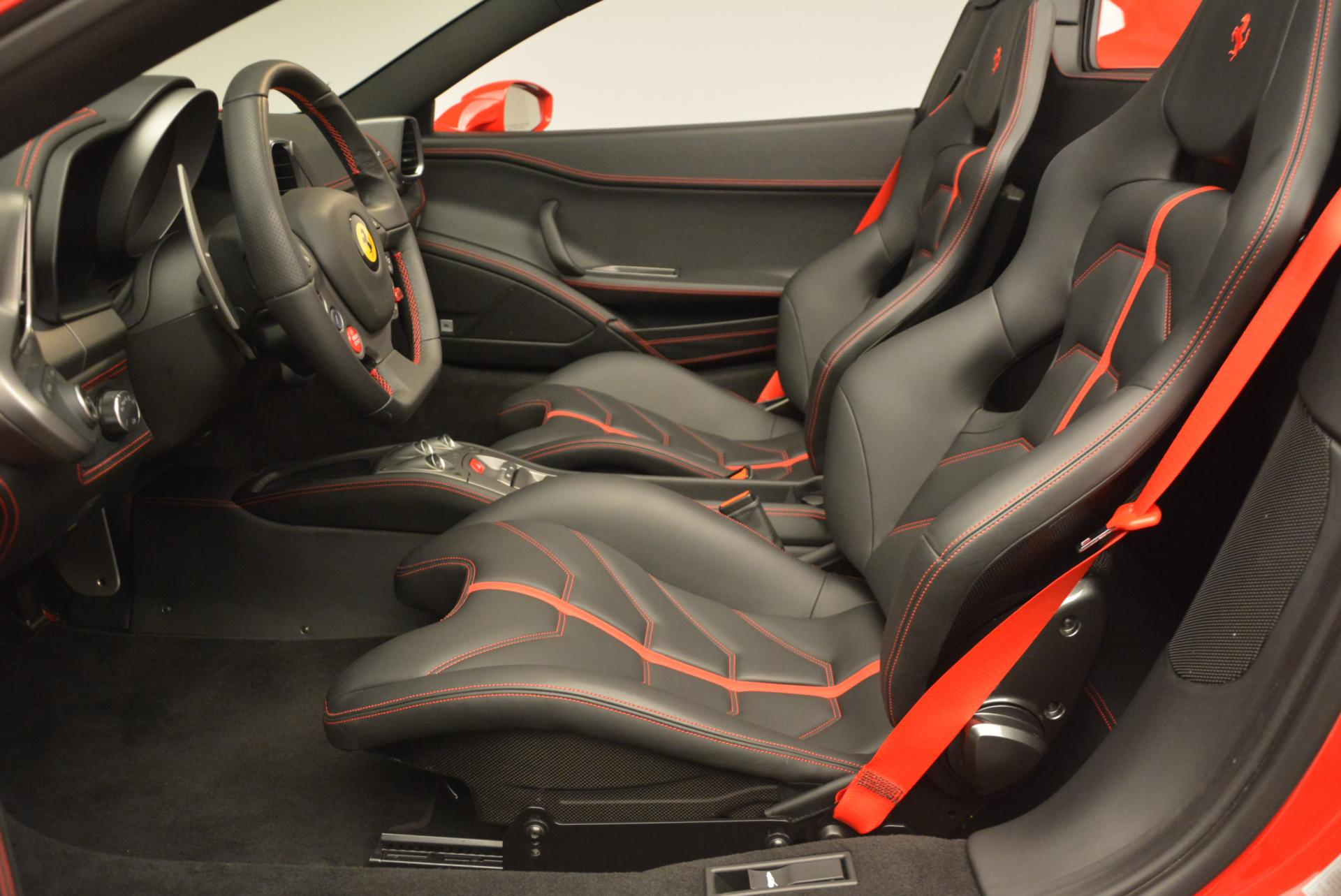 Used 2015 Ferrari 458 Spider  For Sale In Greenwich, CT 542_p26