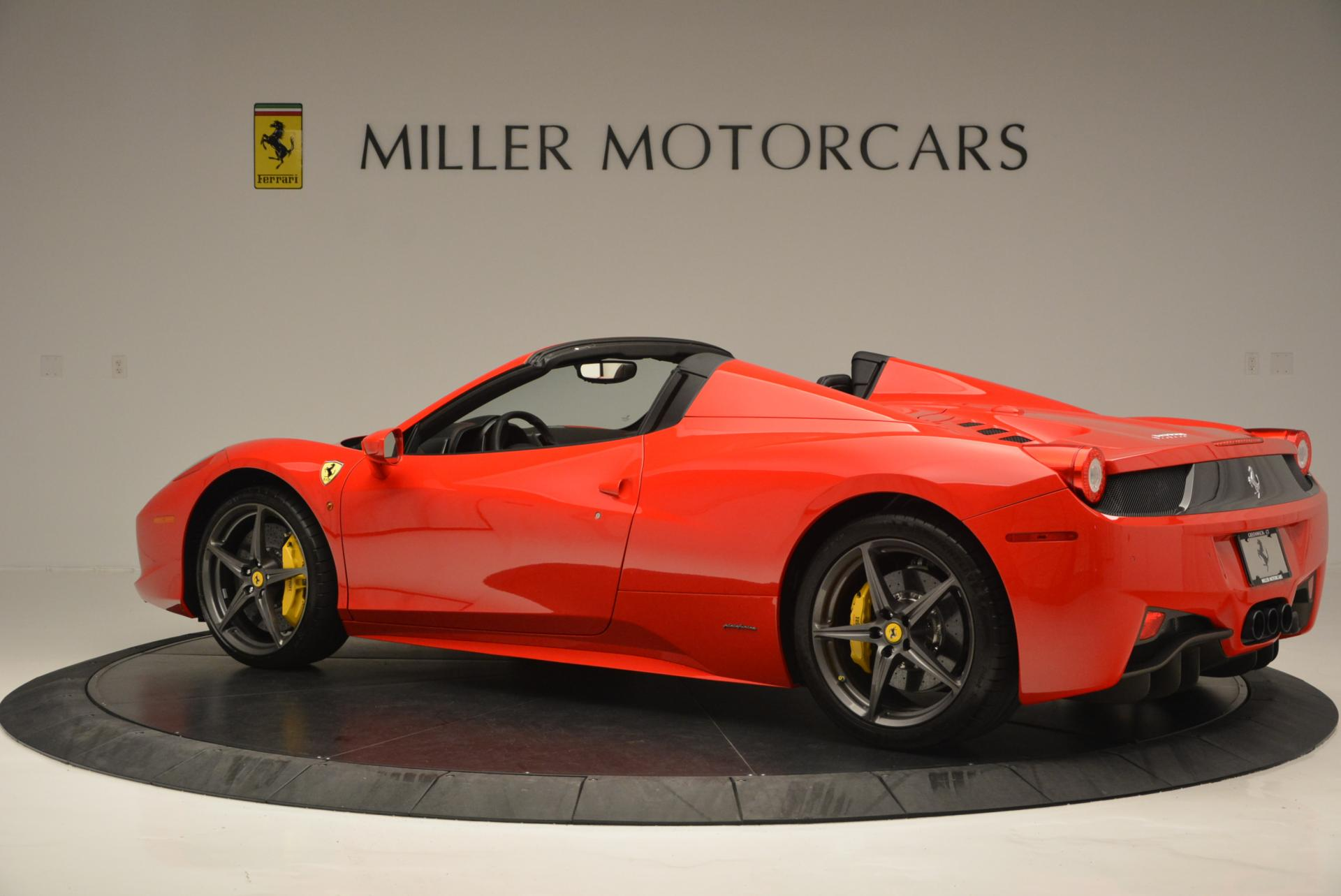 Used 2015 Ferrari 458 Spider  For Sale In Greenwich, CT 542_p4