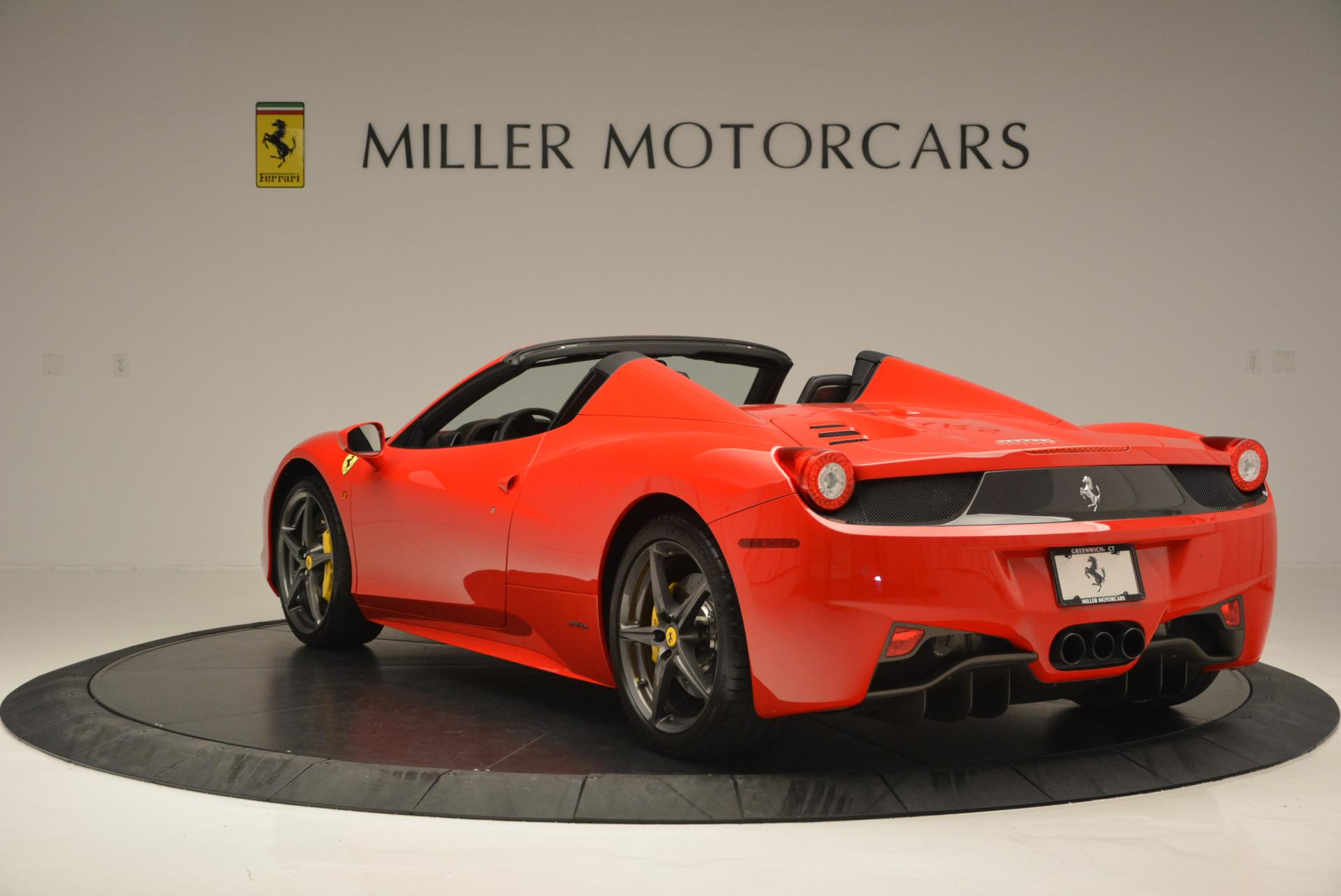 Used 2015 Ferrari 458 Spider  For Sale In Greenwich, CT 542_p5