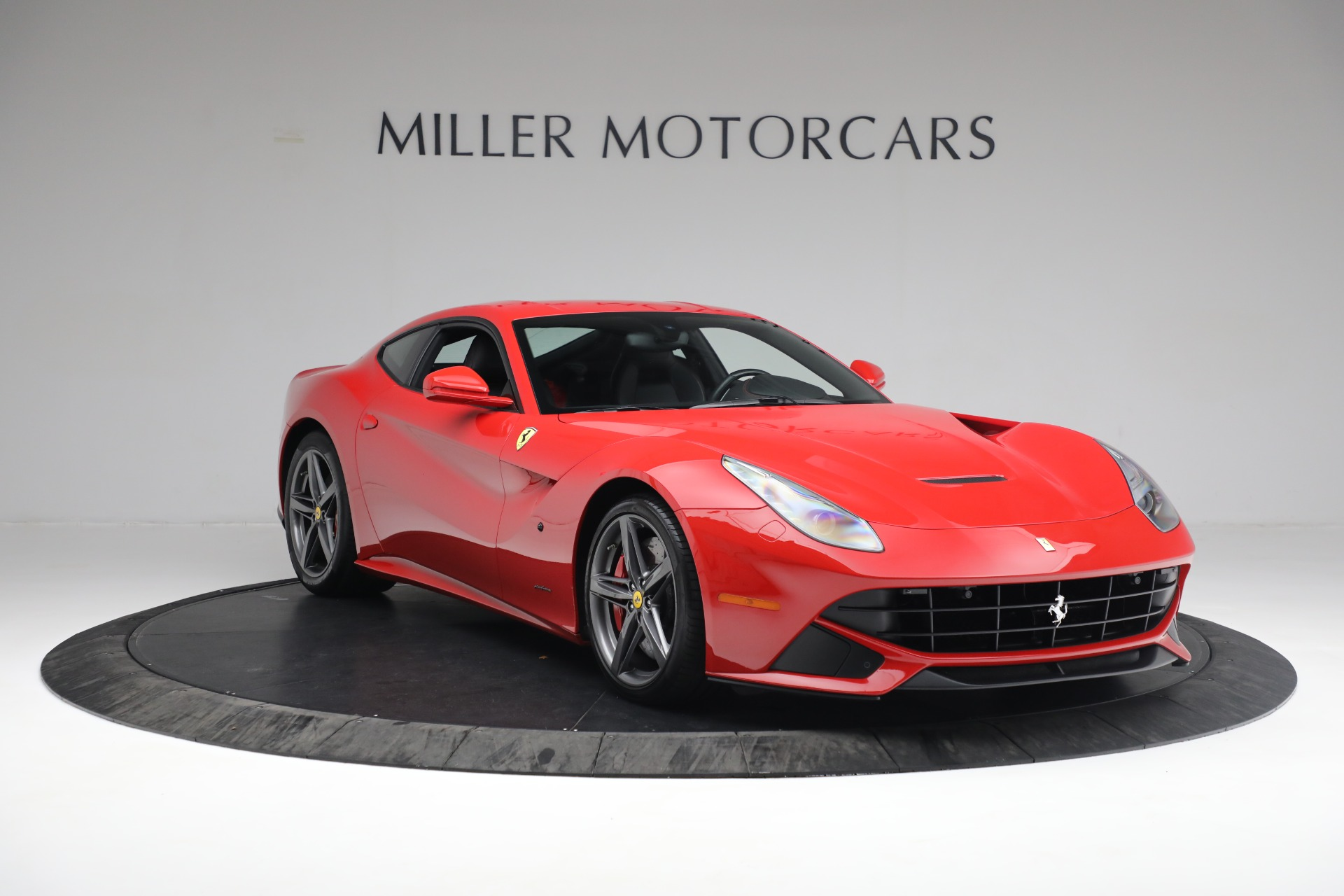 Used 2015 Ferrari F12 Berlinetta  For Sale In Greenwich, CT 545_p10