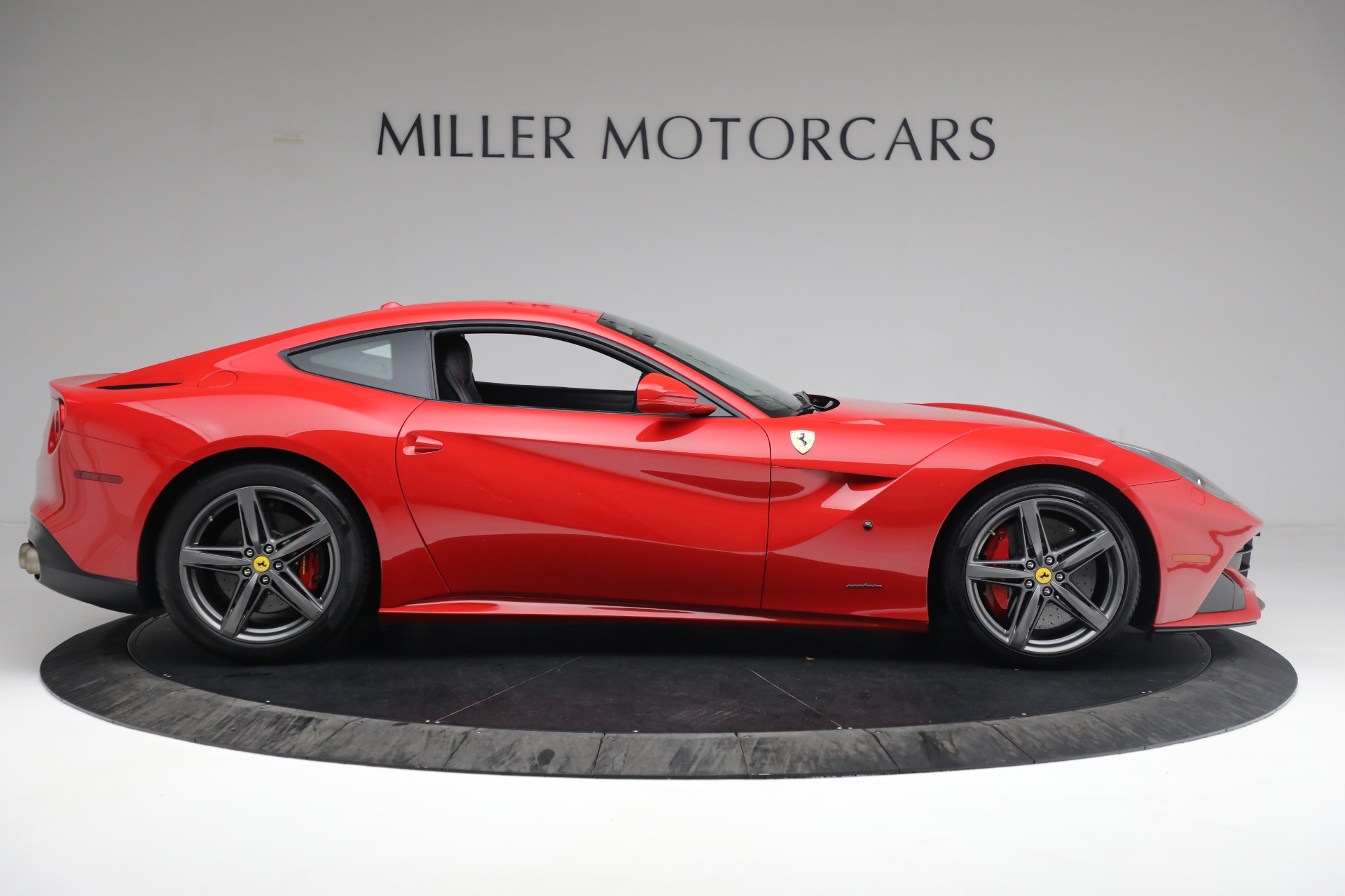 Used 2015 Ferrari F12 Berlinetta  For Sale In Greenwich, CT 545_p8