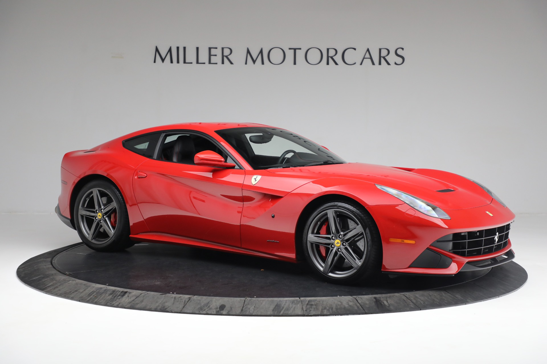 Used 2015 Ferrari F12 Berlinetta  For Sale In Greenwich, CT 545_p9
