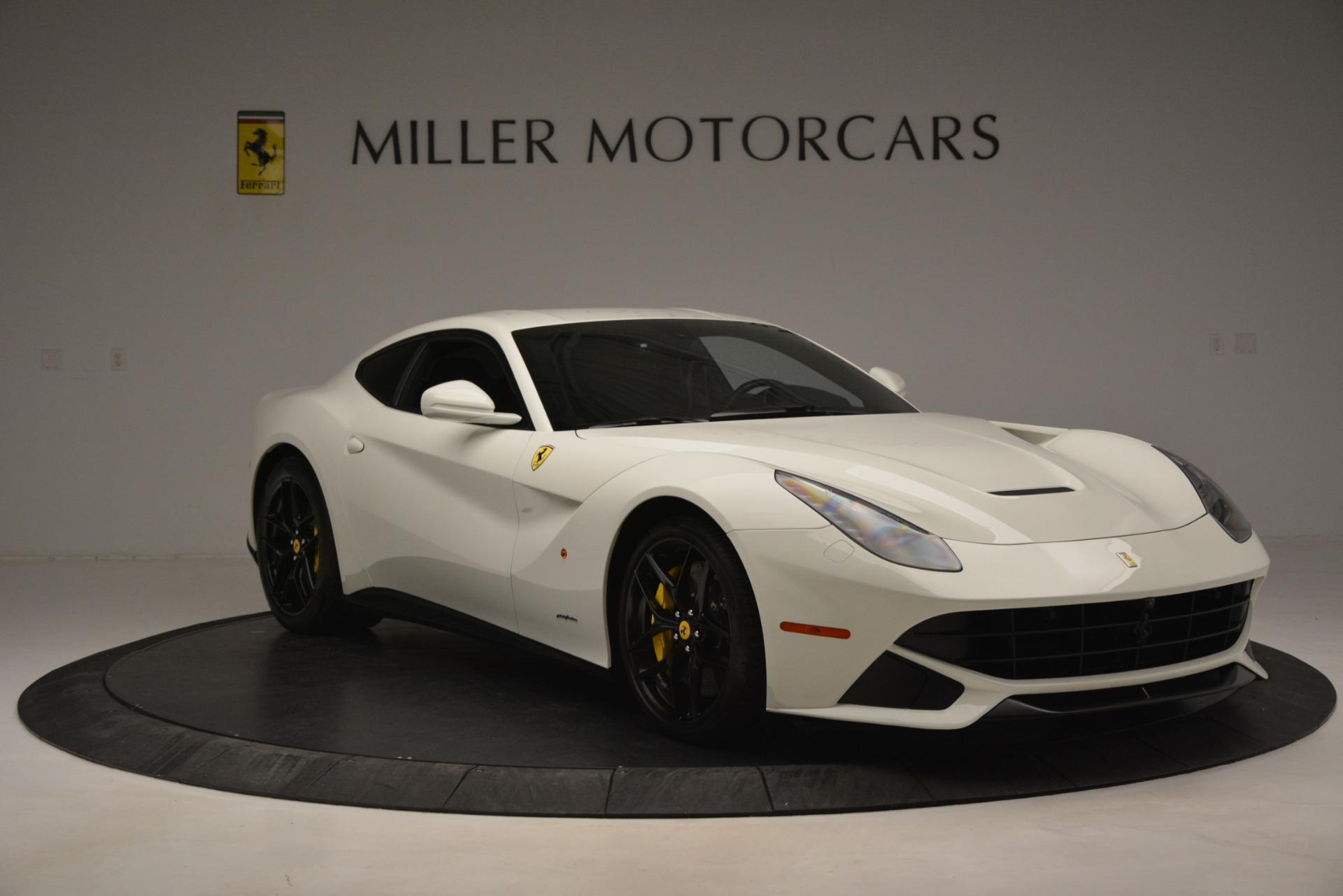 Used 2015 Ferrari F12 Berlinetta  For Sale In Greenwich, CT 546_p11
