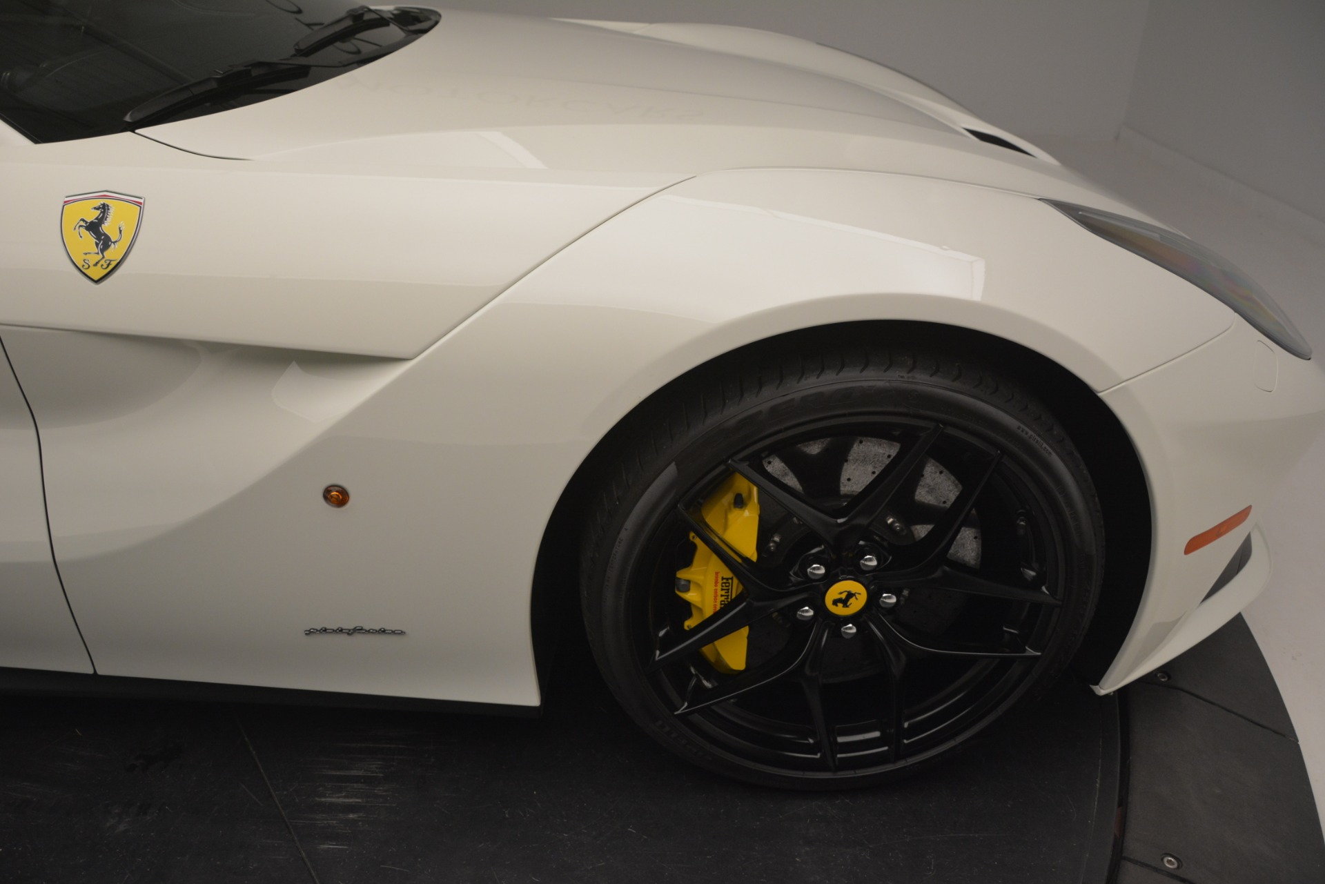 Used 2015 Ferrari F12 Berlinetta  For Sale In Greenwich, CT 546_p13