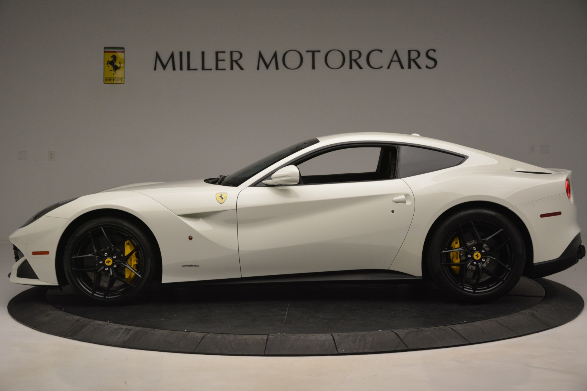 Used 2015 Ferrari F12 Berlinetta  For Sale In Greenwich, CT 546_p3