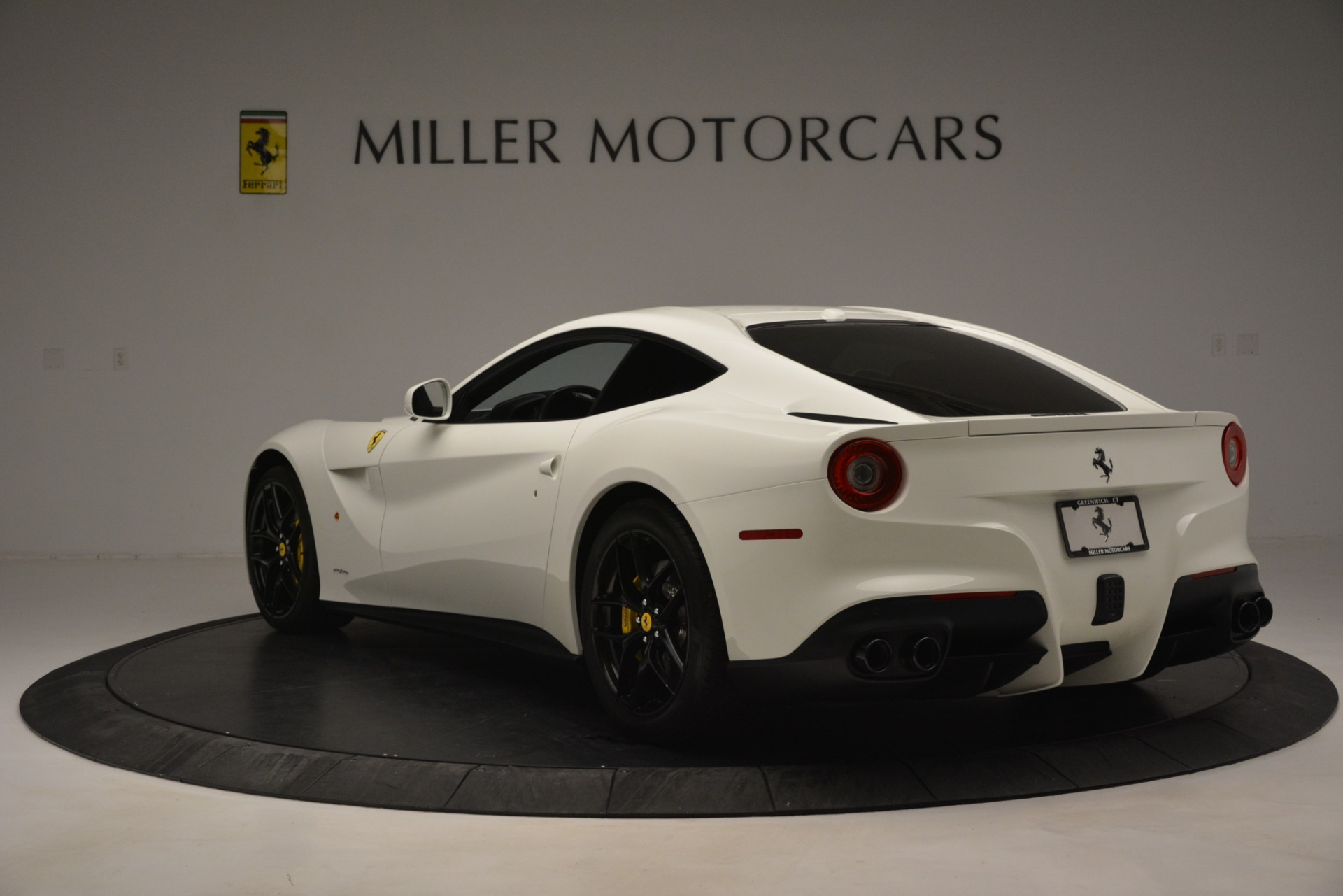 Used 2015 Ferrari F12 Berlinetta  For Sale In Greenwich, CT 546_p5