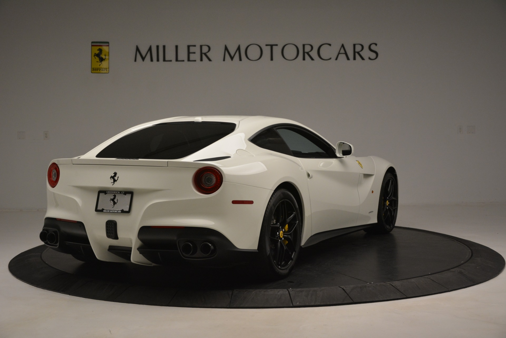 Used 2015 Ferrari F12 Berlinetta  For Sale In Greenwich, CT 546_p7