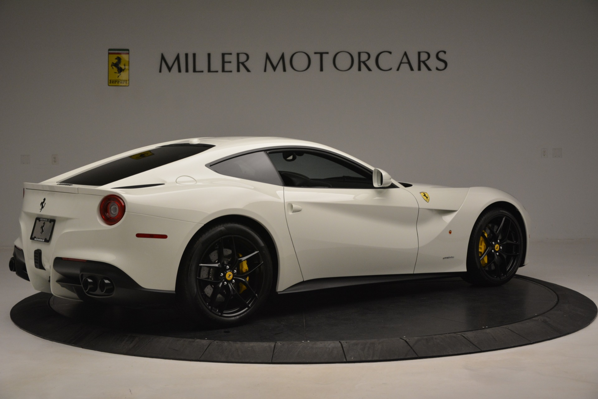 Used 2015 Ferrari F12 Berlinetta  For Sale In Greenwich, CT 546_p8