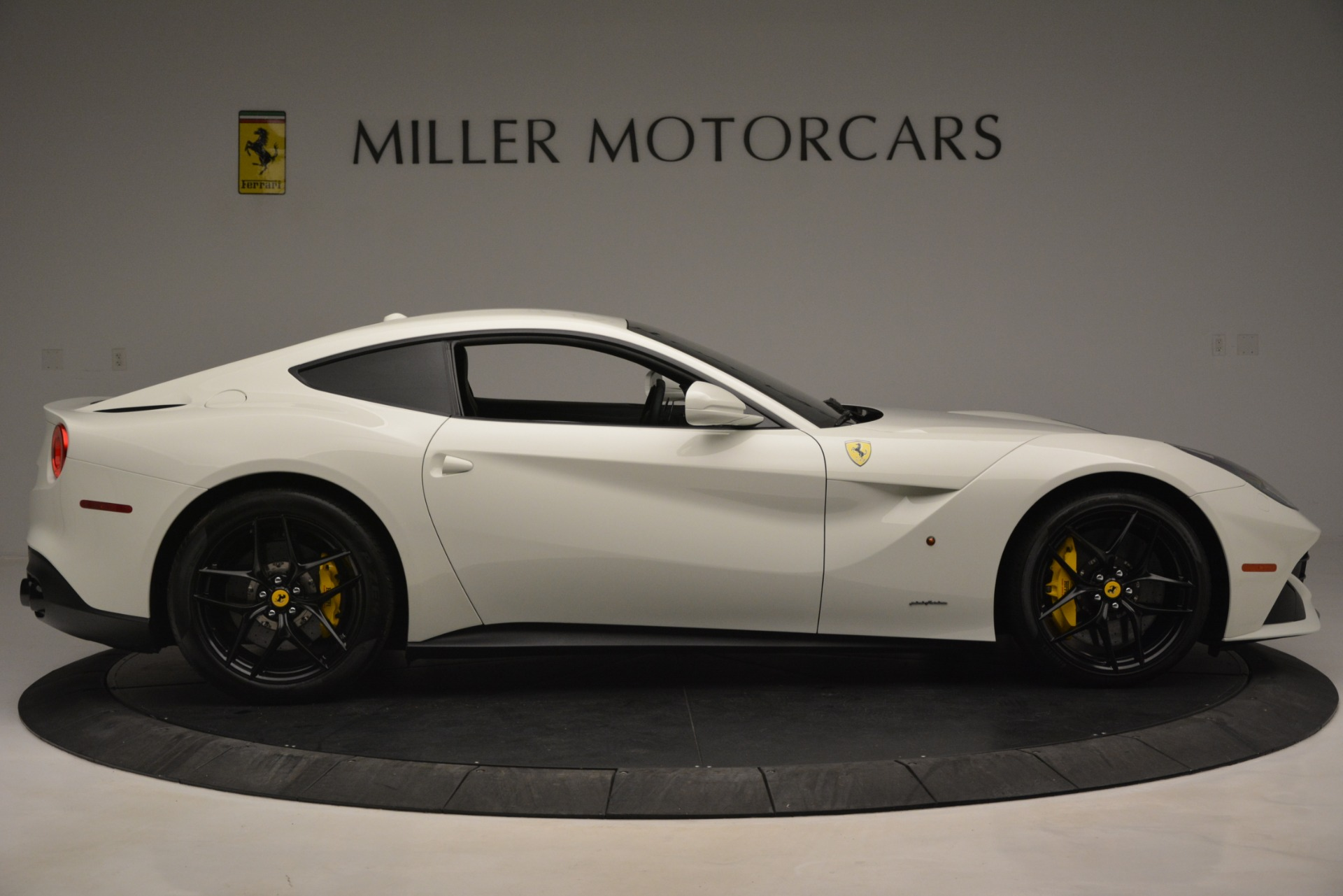 Used 2015 Ferrari F12 Berlinetta  For Sale In Greenwich, CT 546_p9
