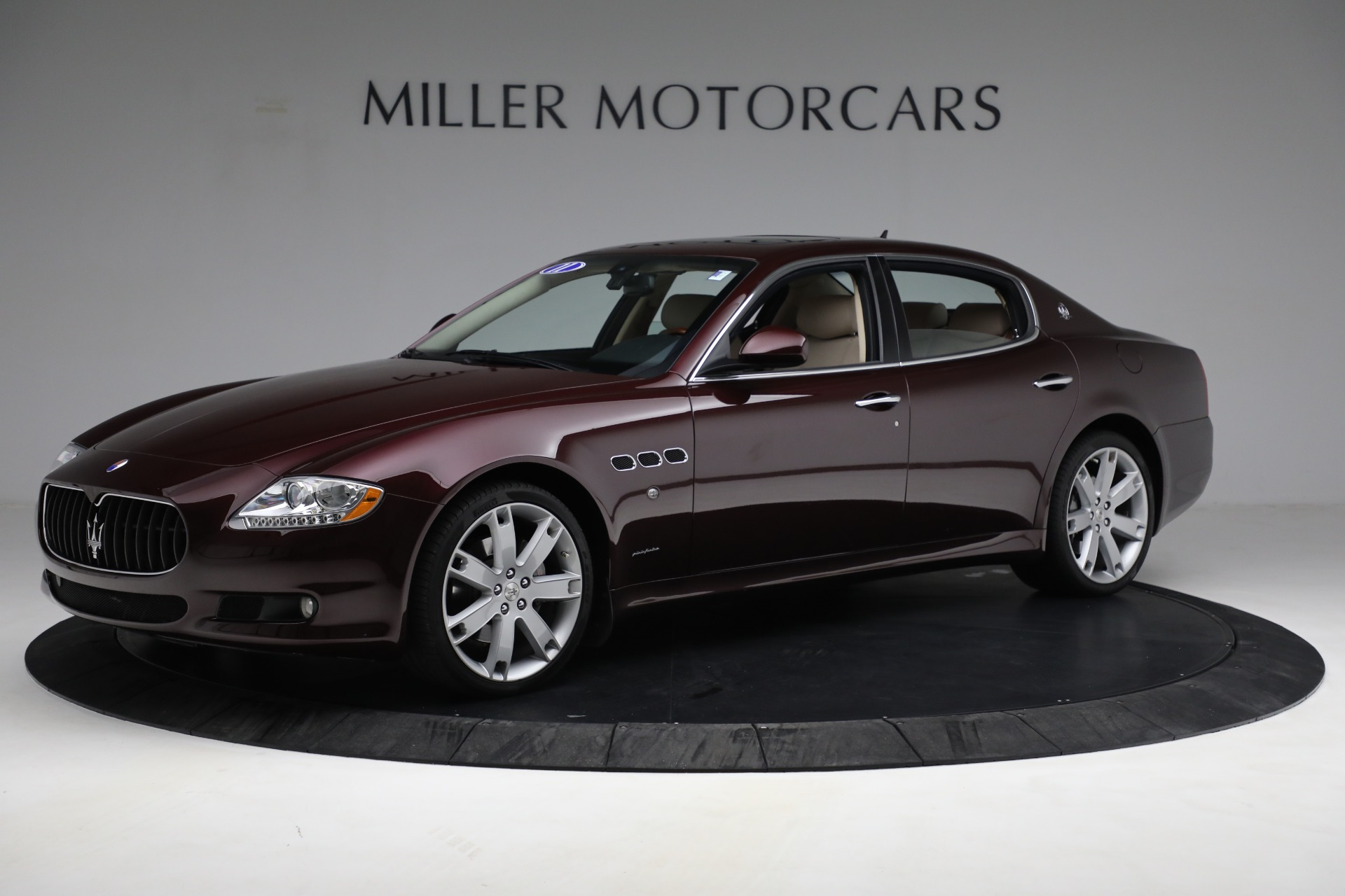 Used 2011 Maserati Quattroporte  For Sale In Greenwich, CT 552_p3