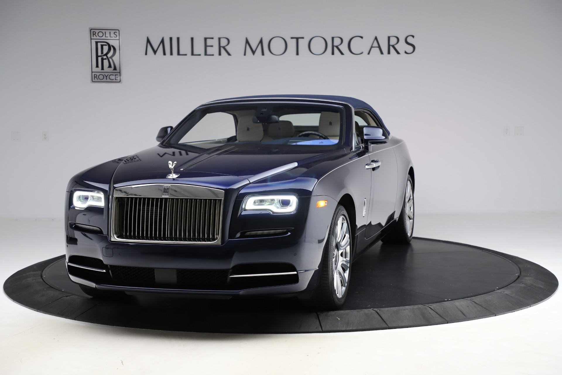 Used 2016 Rolls-Royce Dawn  For Sale In Greenwich, CT 553_p14